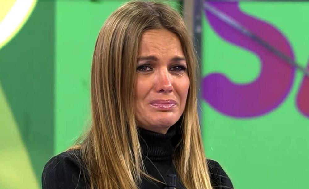 Marta López plora a 'Sálvame' per la mort d'Àlex Casademunt - Telecinco