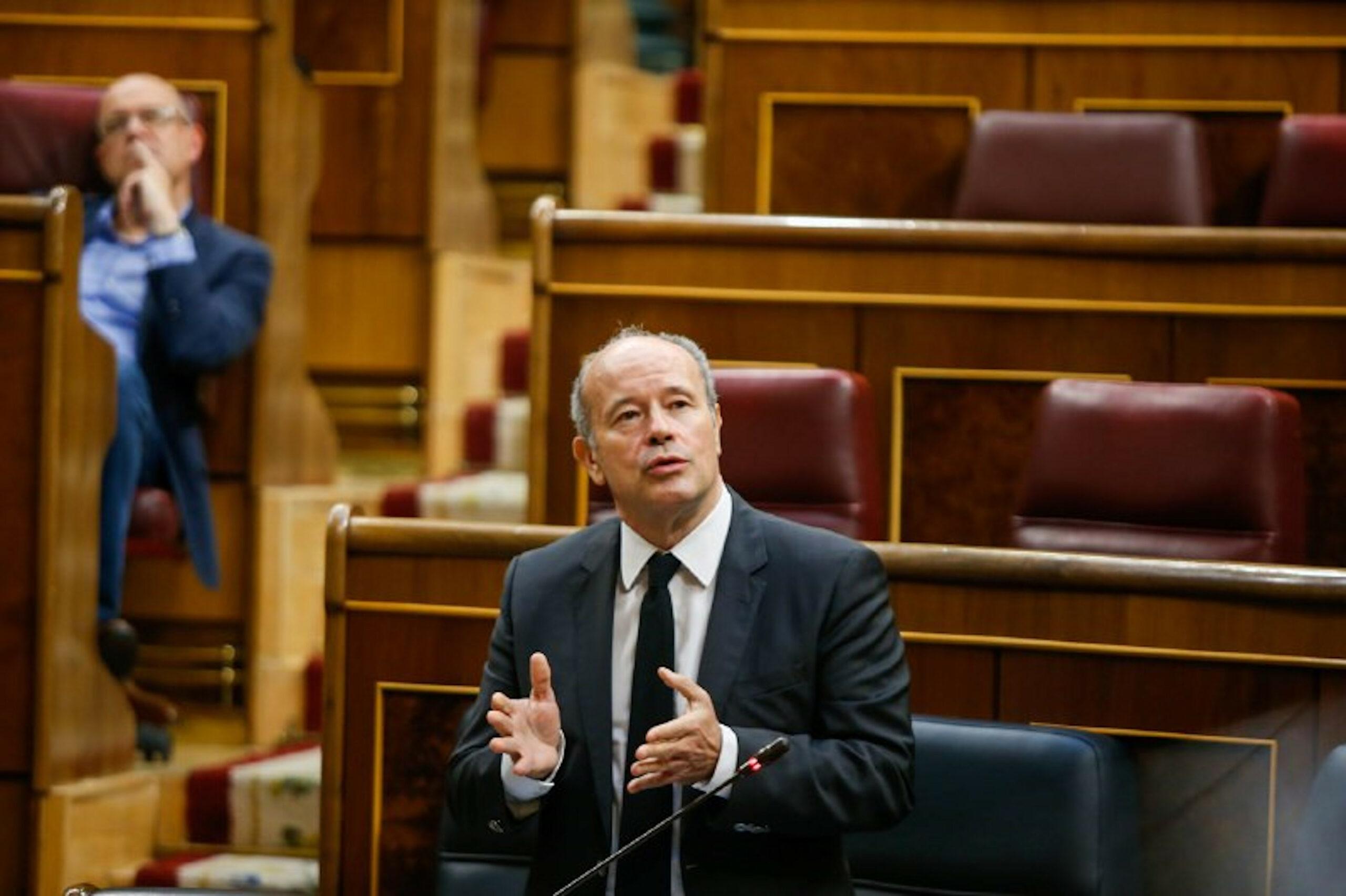 El ministre de Justícia, Juan Carlos Campo, durant una sessió de control del Congrés  (ACN)