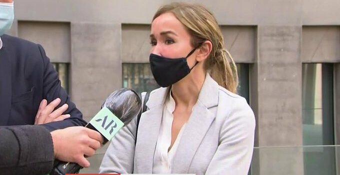 Ángela Dobrowolski parla amb la premsa - Telecinco