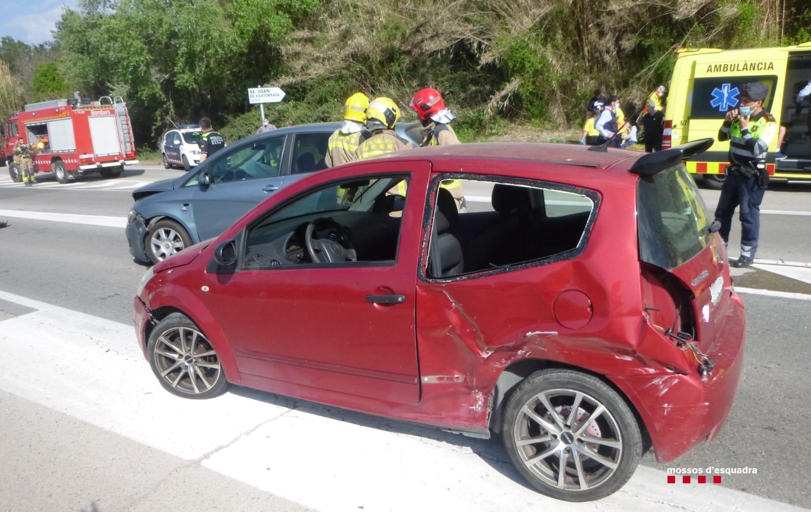 Estat amb que va quedar el vehicle sinistrat a la C55/Mossos