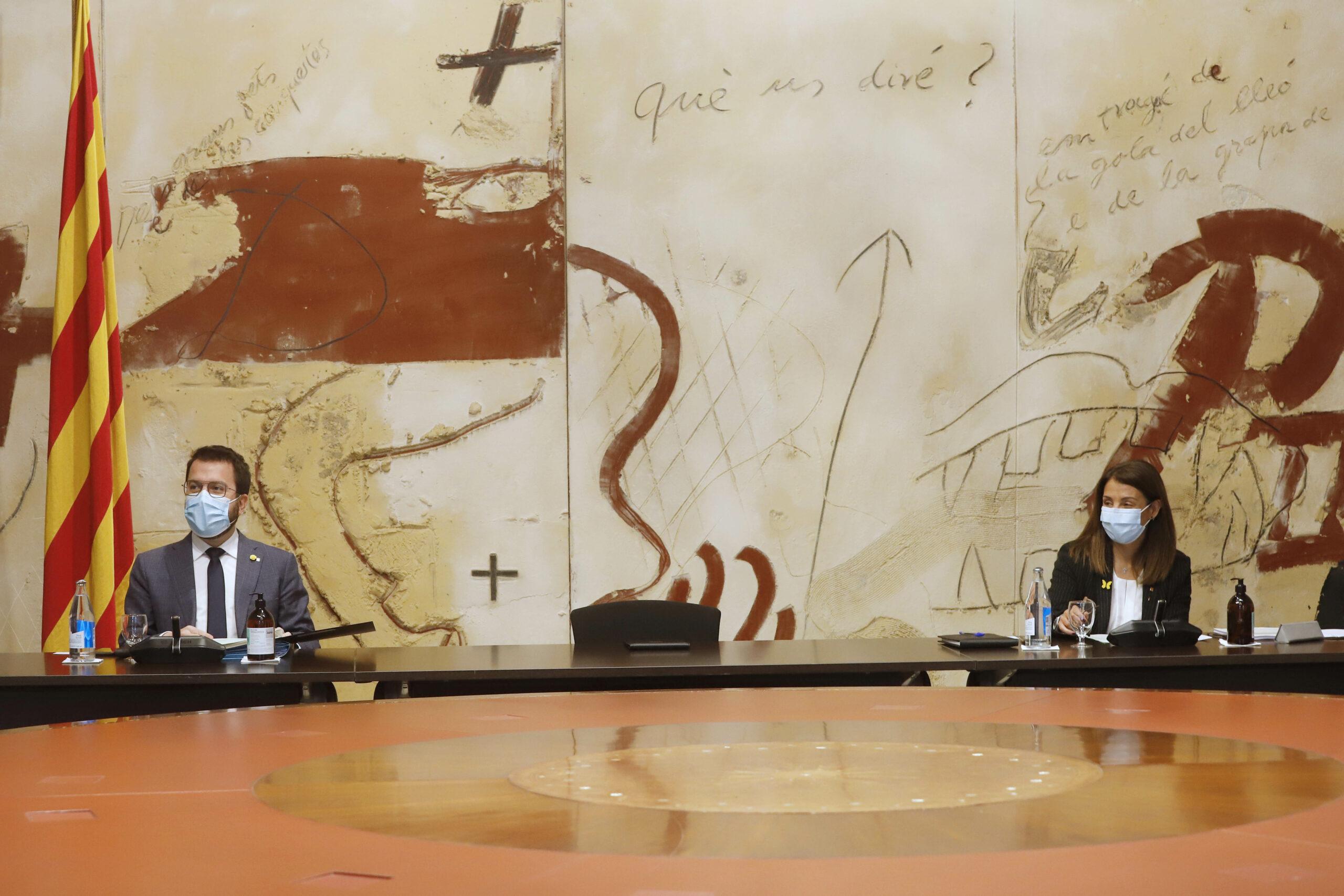 Aragonès i Budó, en una reunió del Consell Executiu/Rubén Moreno