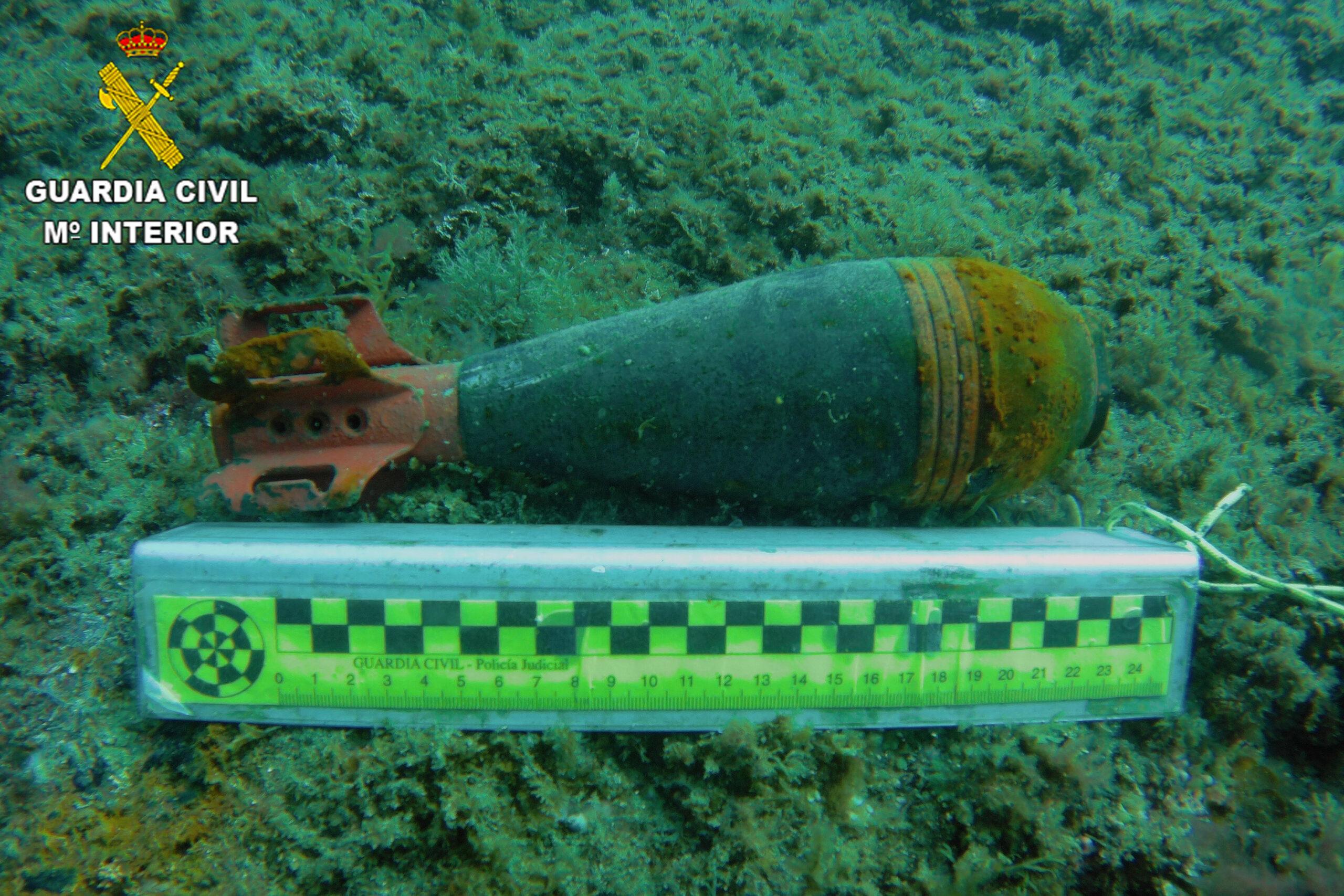 Pla general de l'objecte que ha trobat la Guàrdia Civil a la cala Caials de Cadaquès el 27 de març de 2021 | ACN