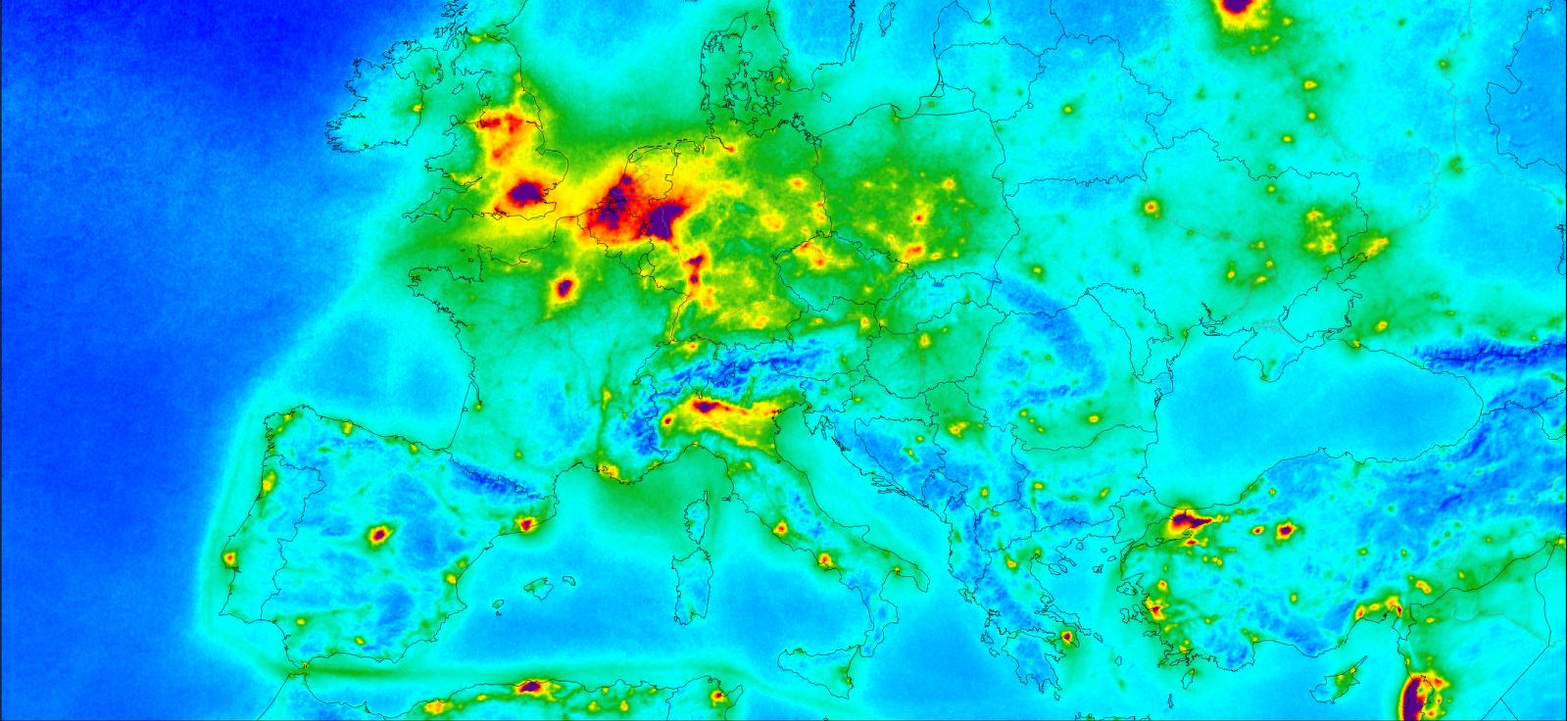Distribució de les emissions de diòxid de nitrogen pel continent europeu