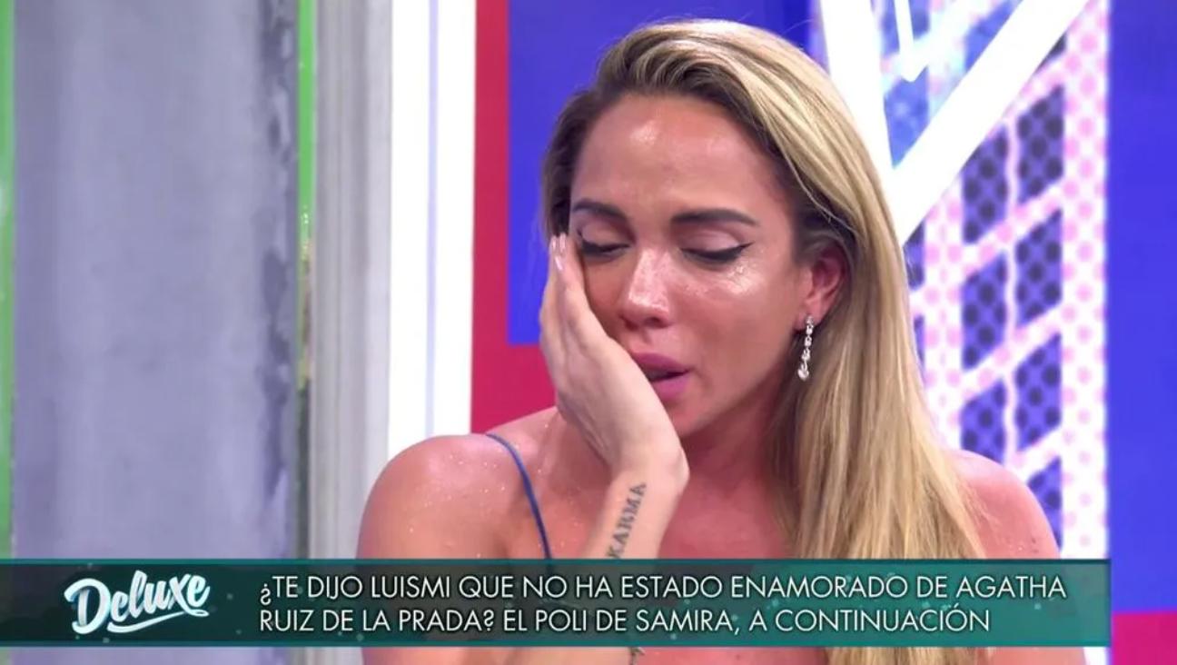 Samira posa desconsolada | Telecinco