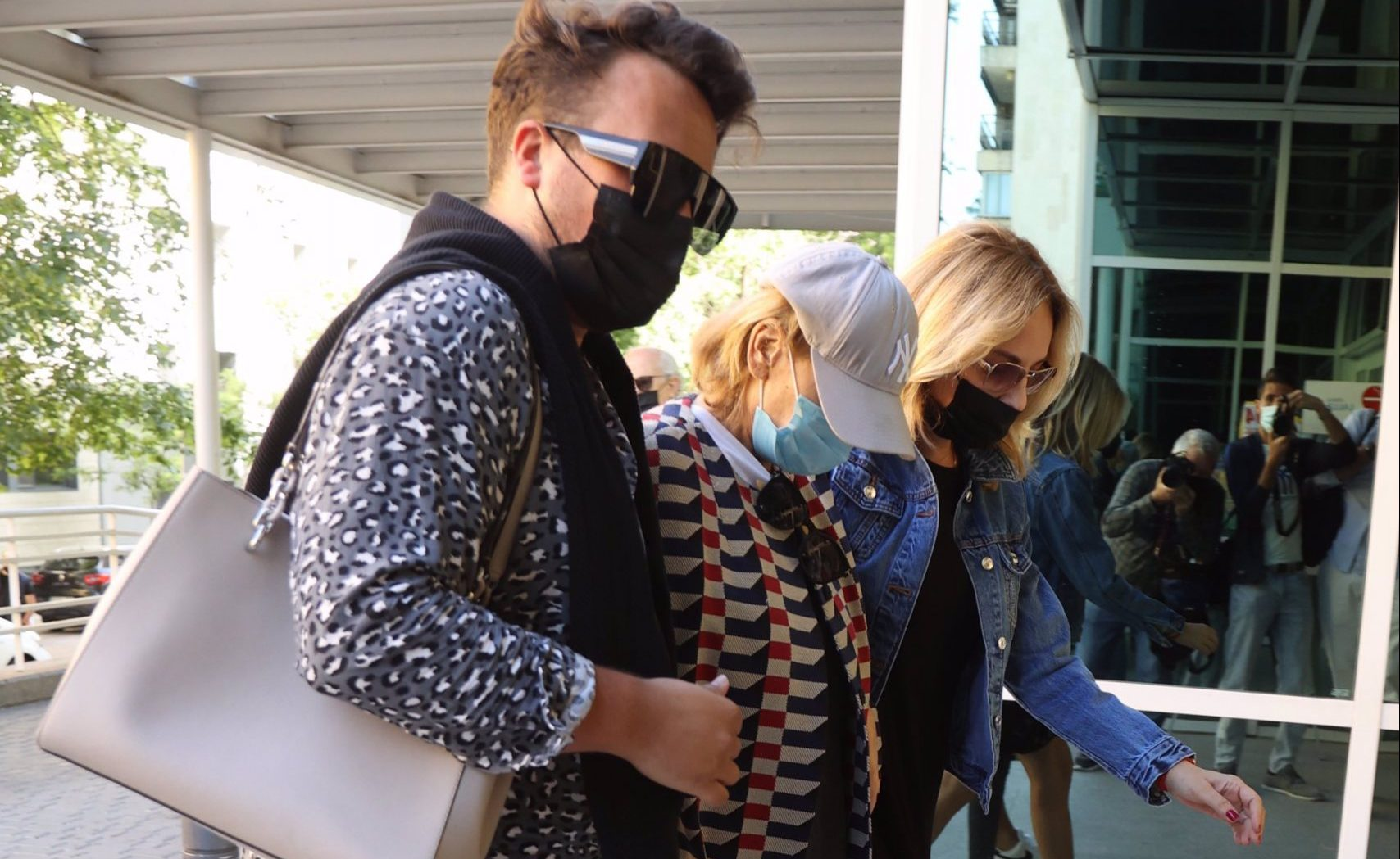Mila Ximénez, a l'entrada de l'hospital - Europa Press