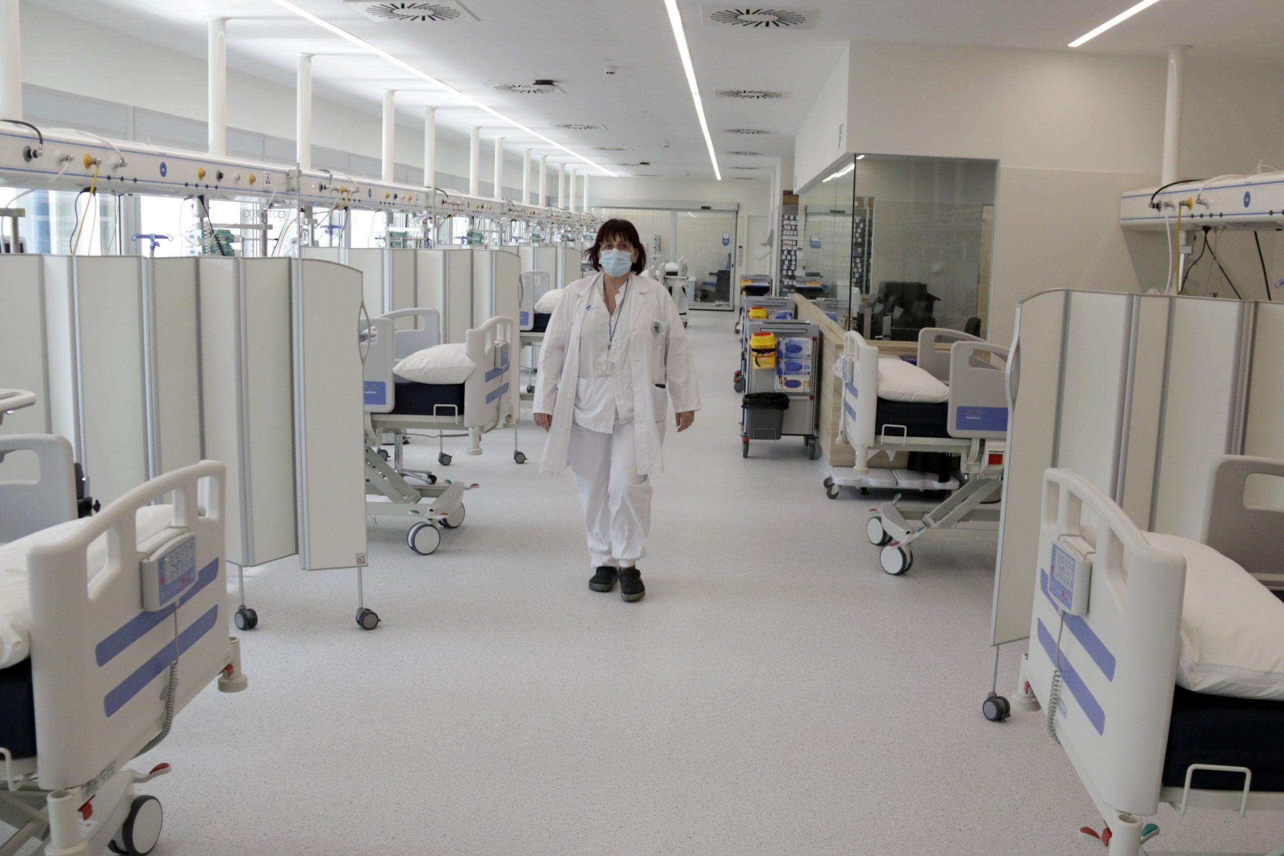 La nova UCI de l'edifici annex a l'hospital Moisès Broggi   ACN
