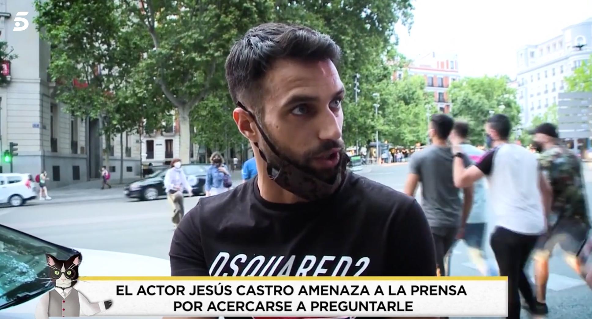 L'actor Jesús Castro s'enfronta a la premsa - Telecinco