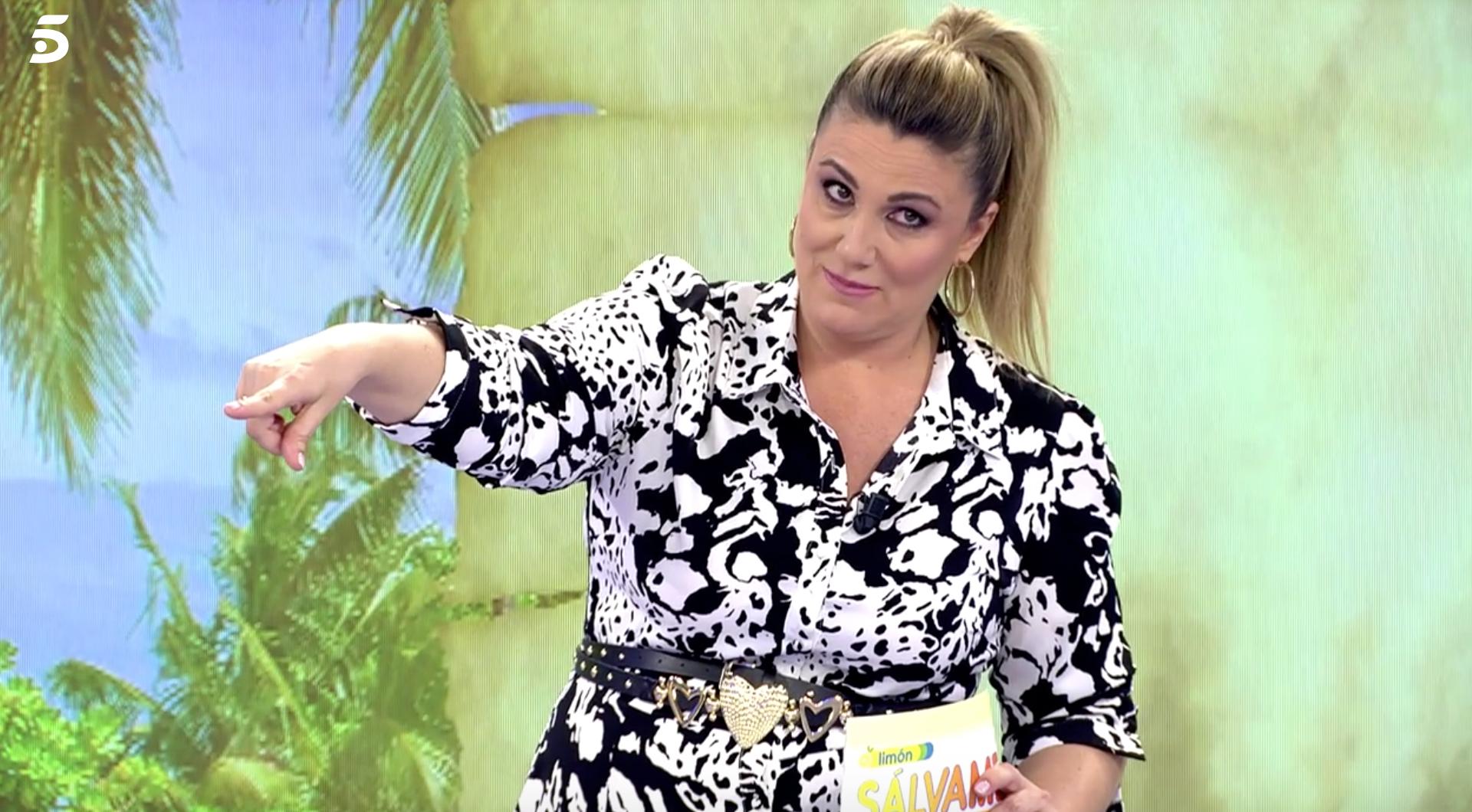 Carlota Corredera es mofa dels errors dels companys - Telecinco