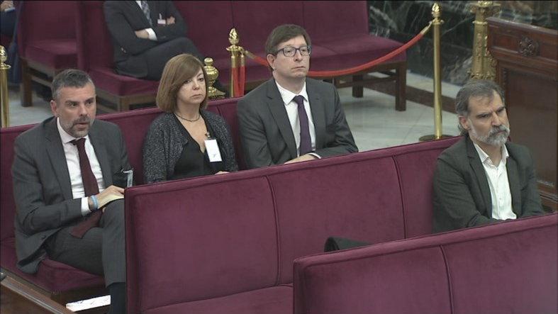 Santi Vila, Meritxell Borràs, Carles Mundó i Jordi Cuixart, asseguts al banc dels acusats al Suprem   ACN
