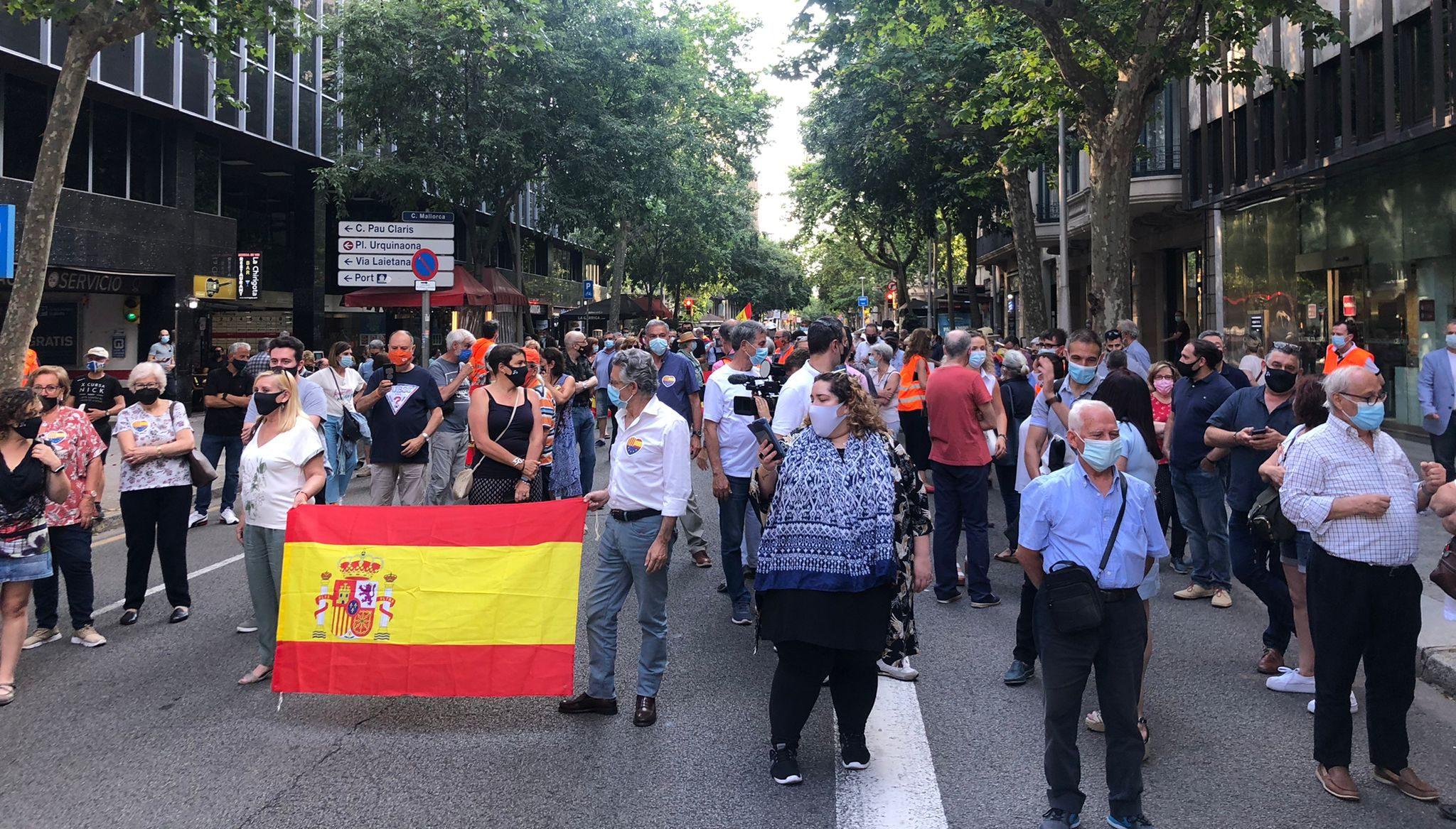 La concentració de Cs contra els indults, davant de la delegació del govern espanyol / I.N.