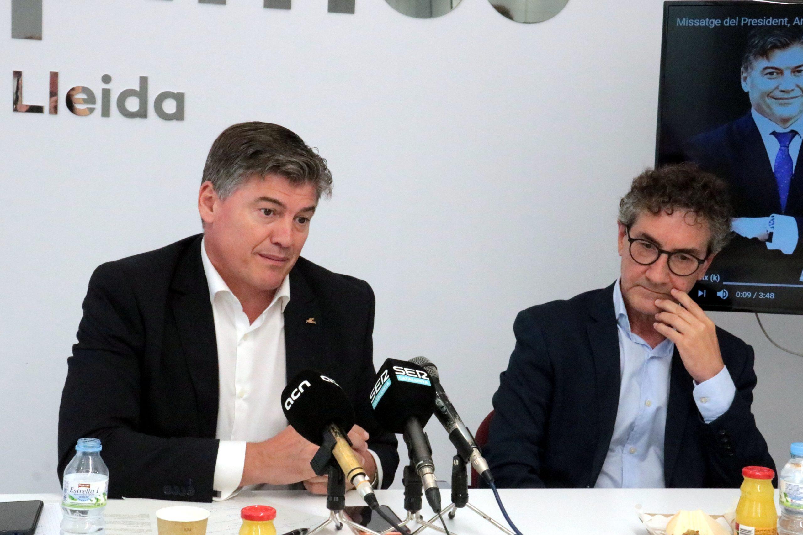 El president de Pimec, Antoni Cañete, amb el president de Pimec Lleida, Xavier Caufapé / ACN