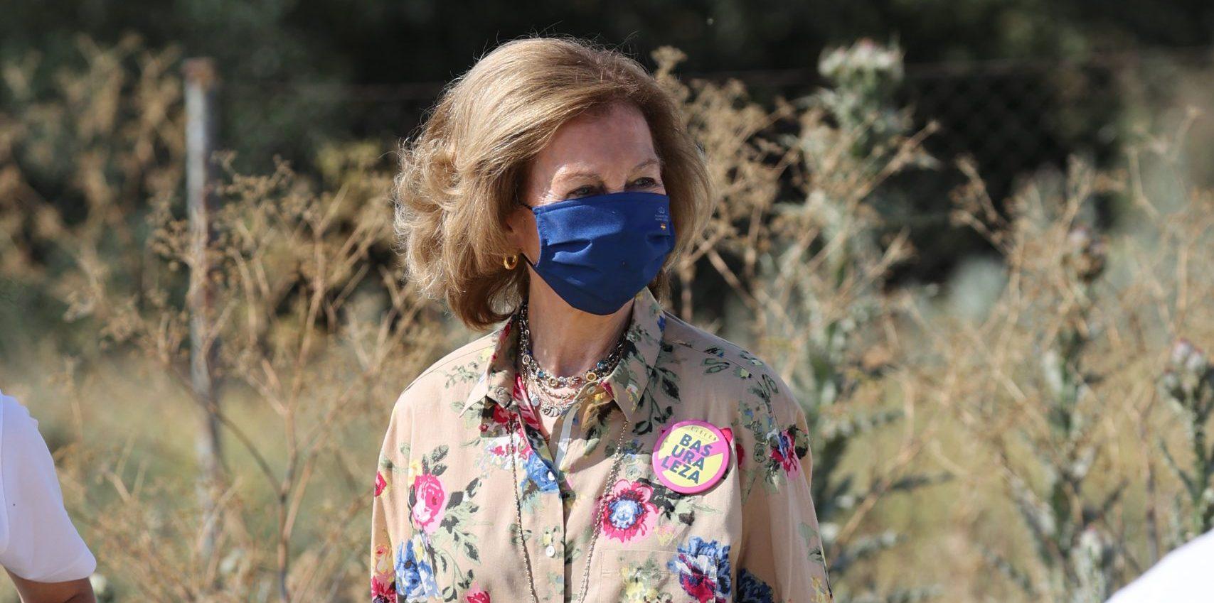 La Reina Sofía, junto a voluntarios, ha recogido los residuos abandonados en plena naturaleza, a 12 de junio de 2021, en Rivas-Vaciamadrid (España). REINA;RECOGIDA;BASURA;NATURALEZA;MEDIOAMBIENTE Raúl Terrel / Europa Press 12/6/2021