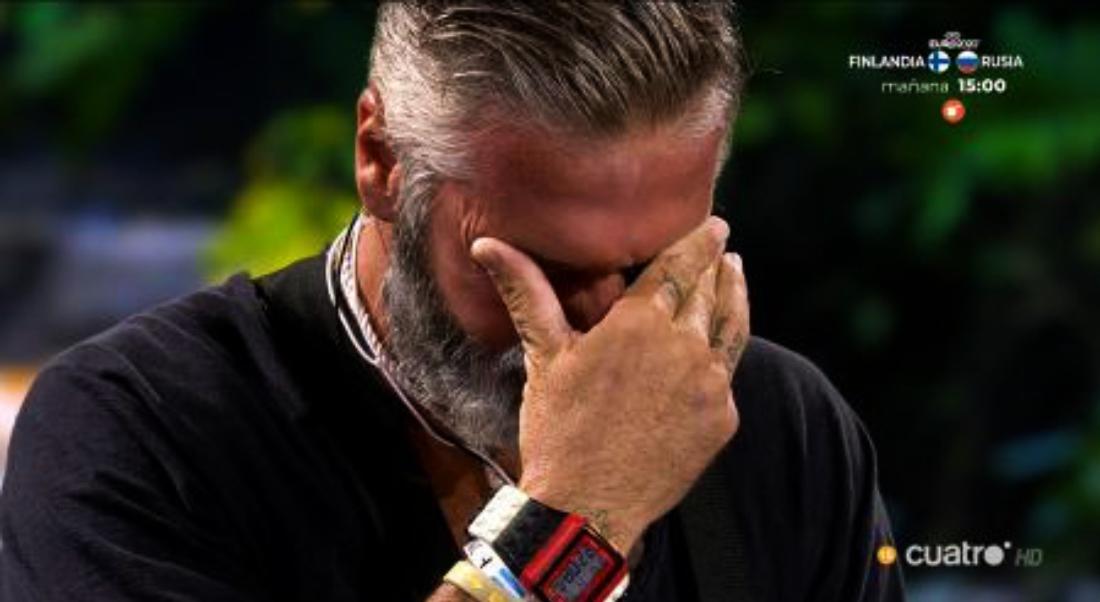 Carlos Alba plora a 'Supervivientes' - Telecinco