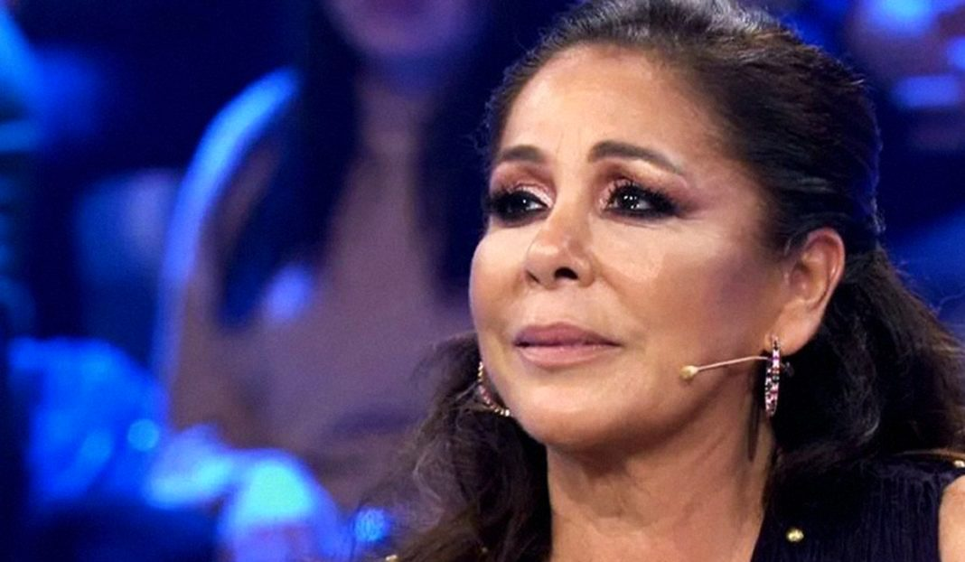 Isabel Pantoja, emocionada en directe - Telecinco