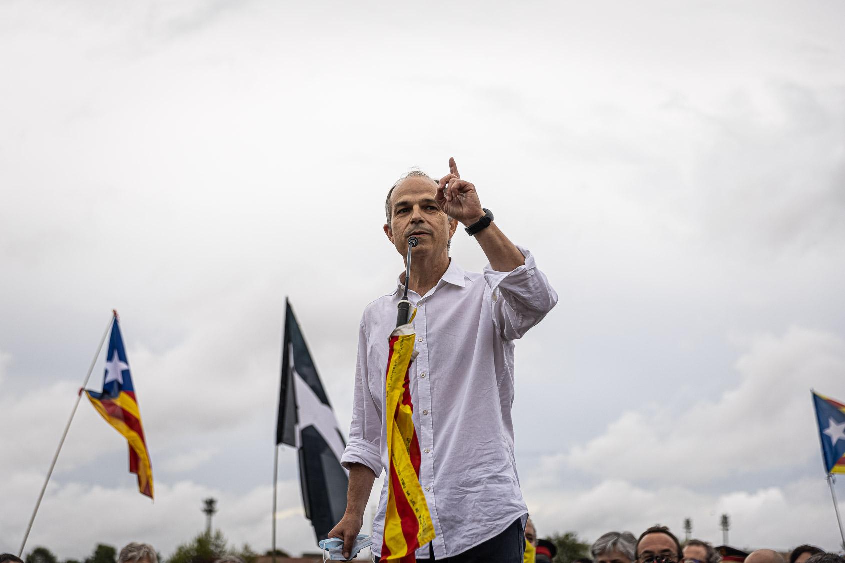 Jordi Turull, el dia de l'alliberament dels presos polítics de l'1-O per l'indult, a la sortida de Lledoners / Jordi Borràs