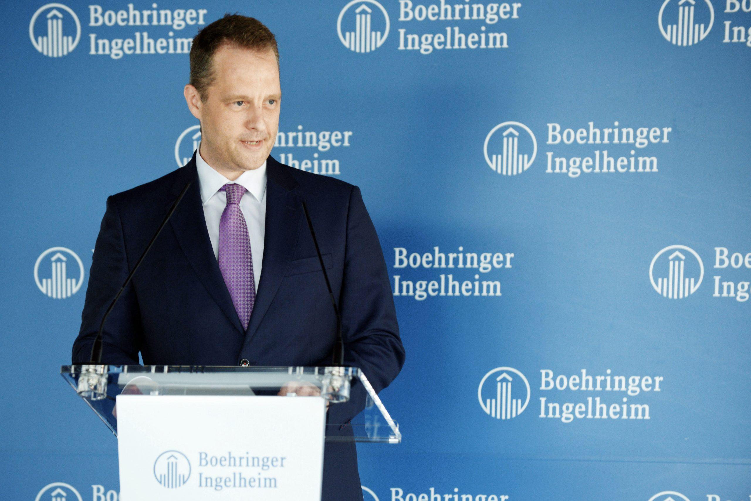 Peter Ploeger, director general de Boehringer Ingelheim Espanya, durant la inauguració de la planta de la farmacèutica a Sant Cugat del Vallès el 13 de juny del 2019 / ACN