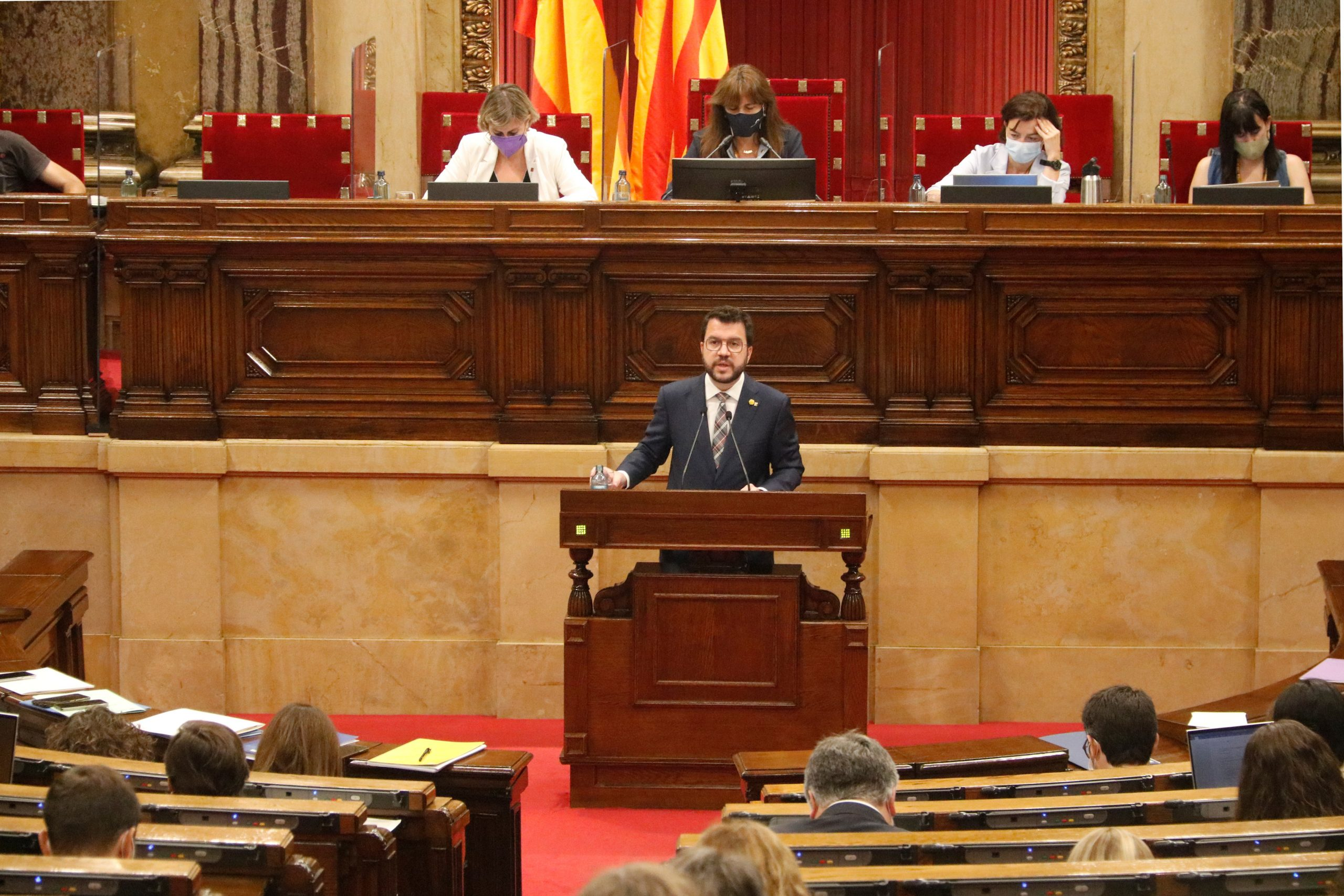 El president del Govern, Pere Aragonès, durant la seva intervenció davant del Ple del Parlament / ACN