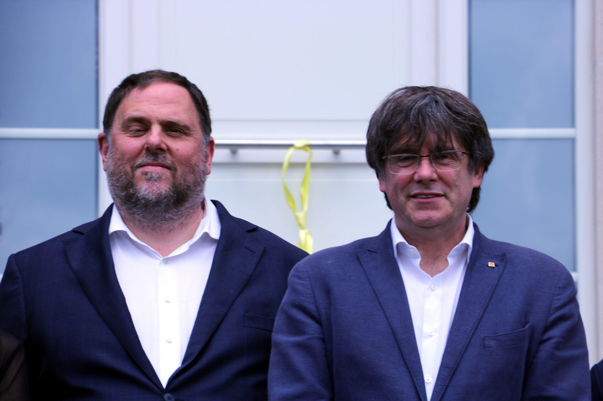 El líder d'ERC Oriol Junqueras i el líder de JxCat Carles Puigdemont a Waterloo, a Bèlgica, el 7 de juliol de 2021. / ACN