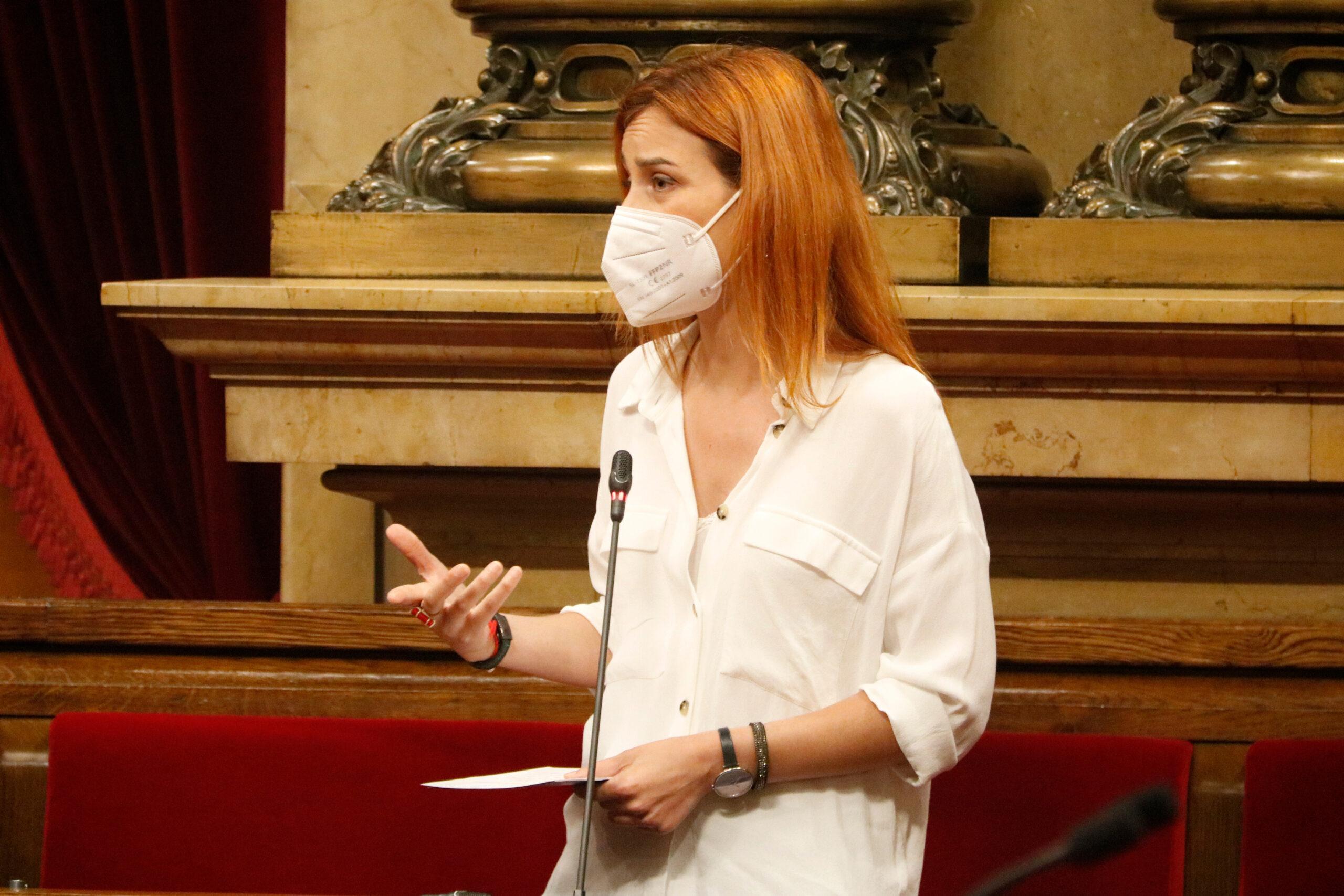 La presidenta dels comuns al Parlament, Jéssica Albiach, durant la sessió de control al president (ACN)
