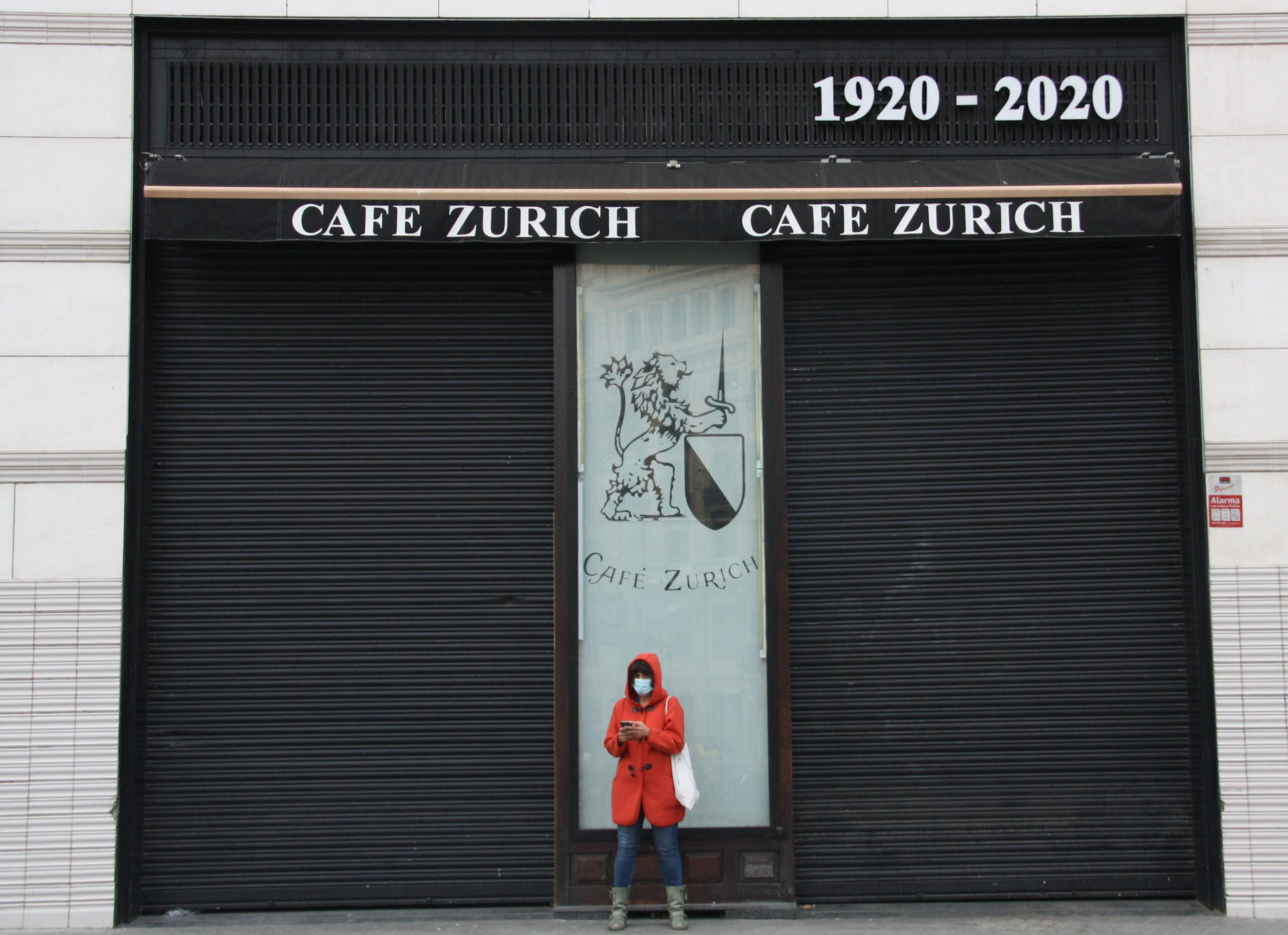 Bar tancat de Plaça Catalunya / ACN