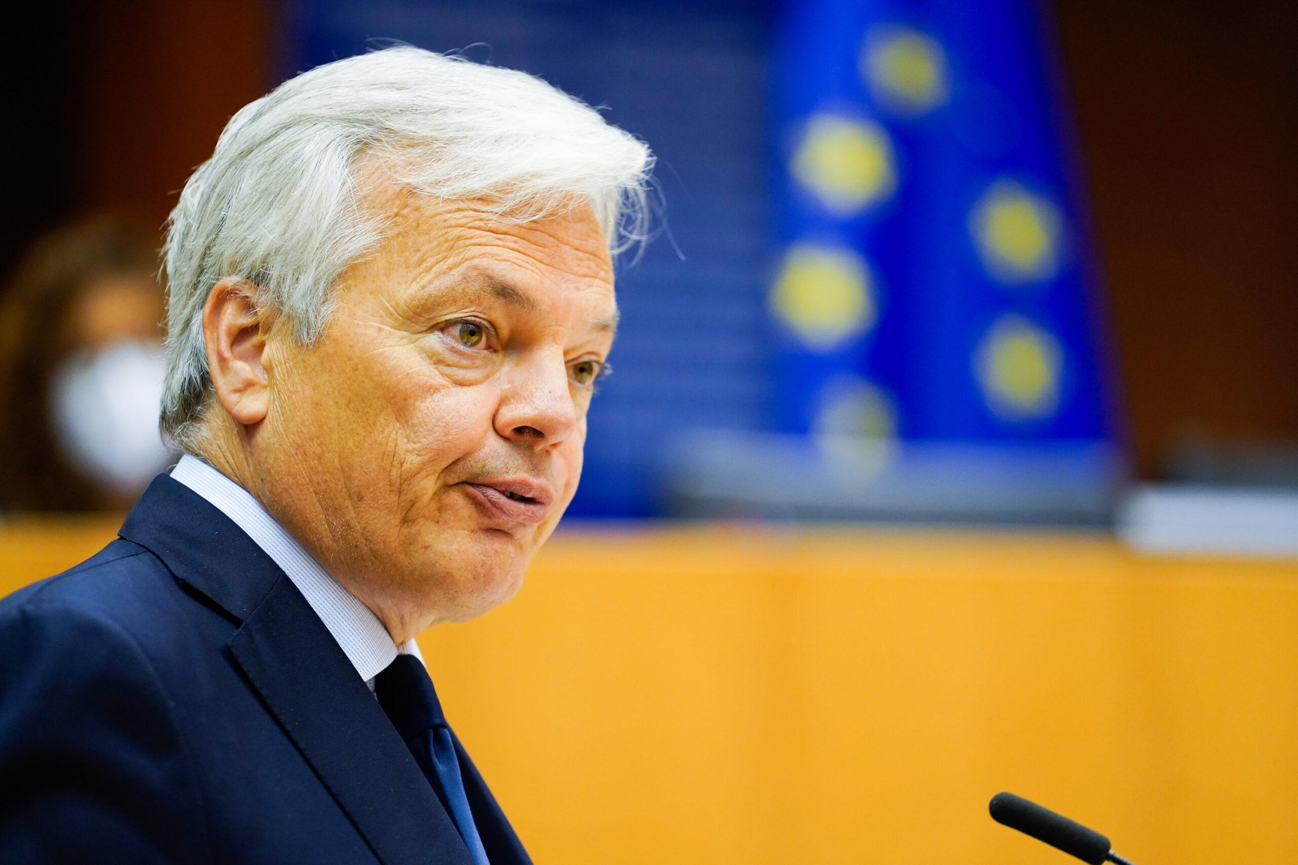 L'eurocomissari de Justícia, Didier Reynders, durant una compareixença a l'Eurocambra, al maig del 2020. (Horitzontal)