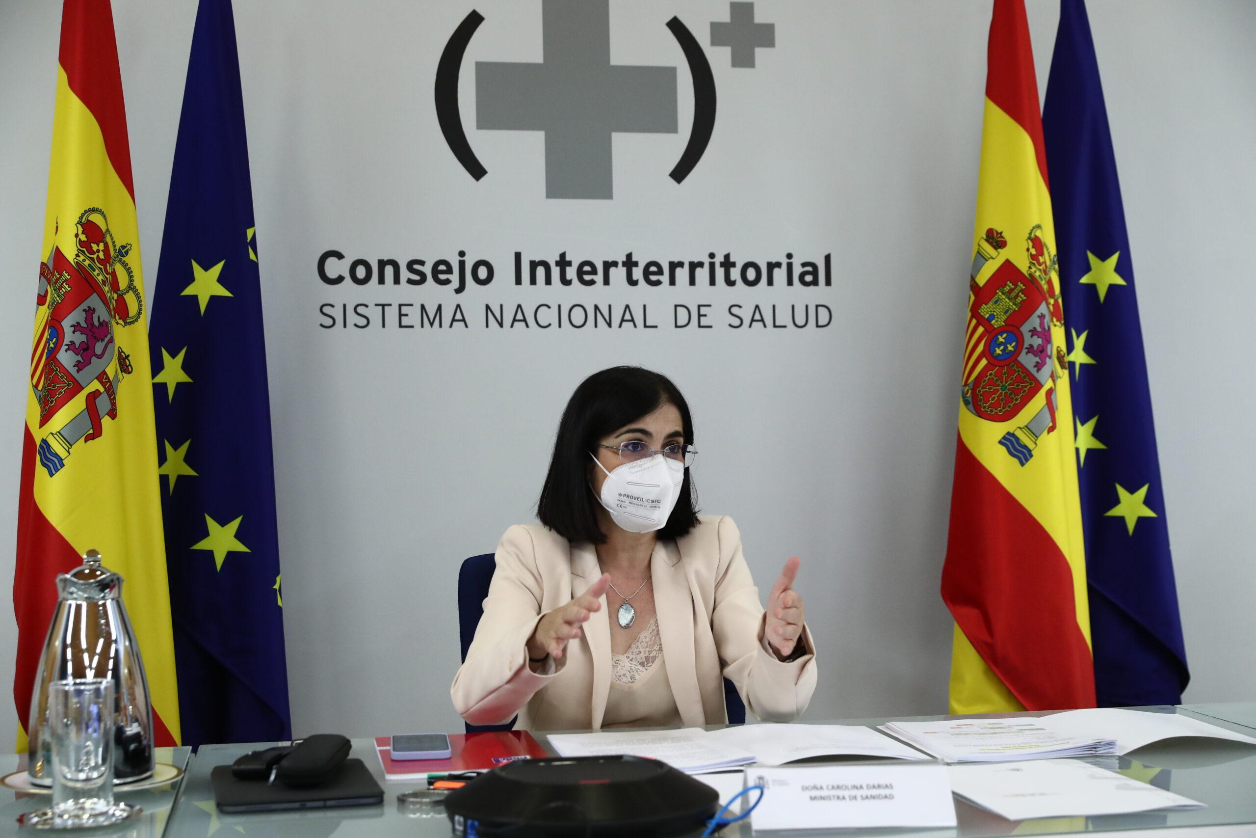 La ministra de Sanitat, Carolina Darias, durant el Consell Interterritorial de Salut celebrat a Madrid / ACN