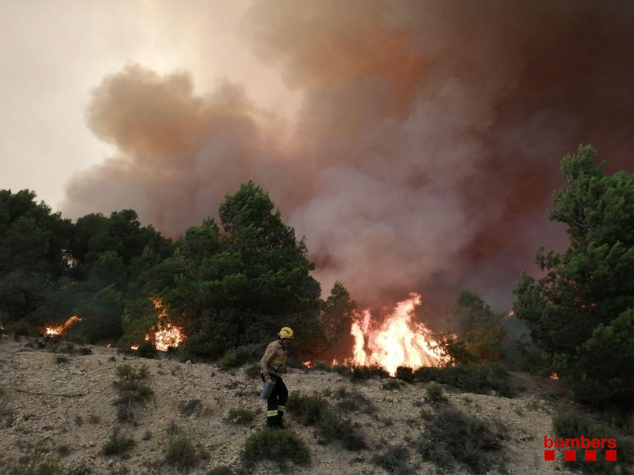 L'incendi de Santa Coloma de Queralt / Bombers