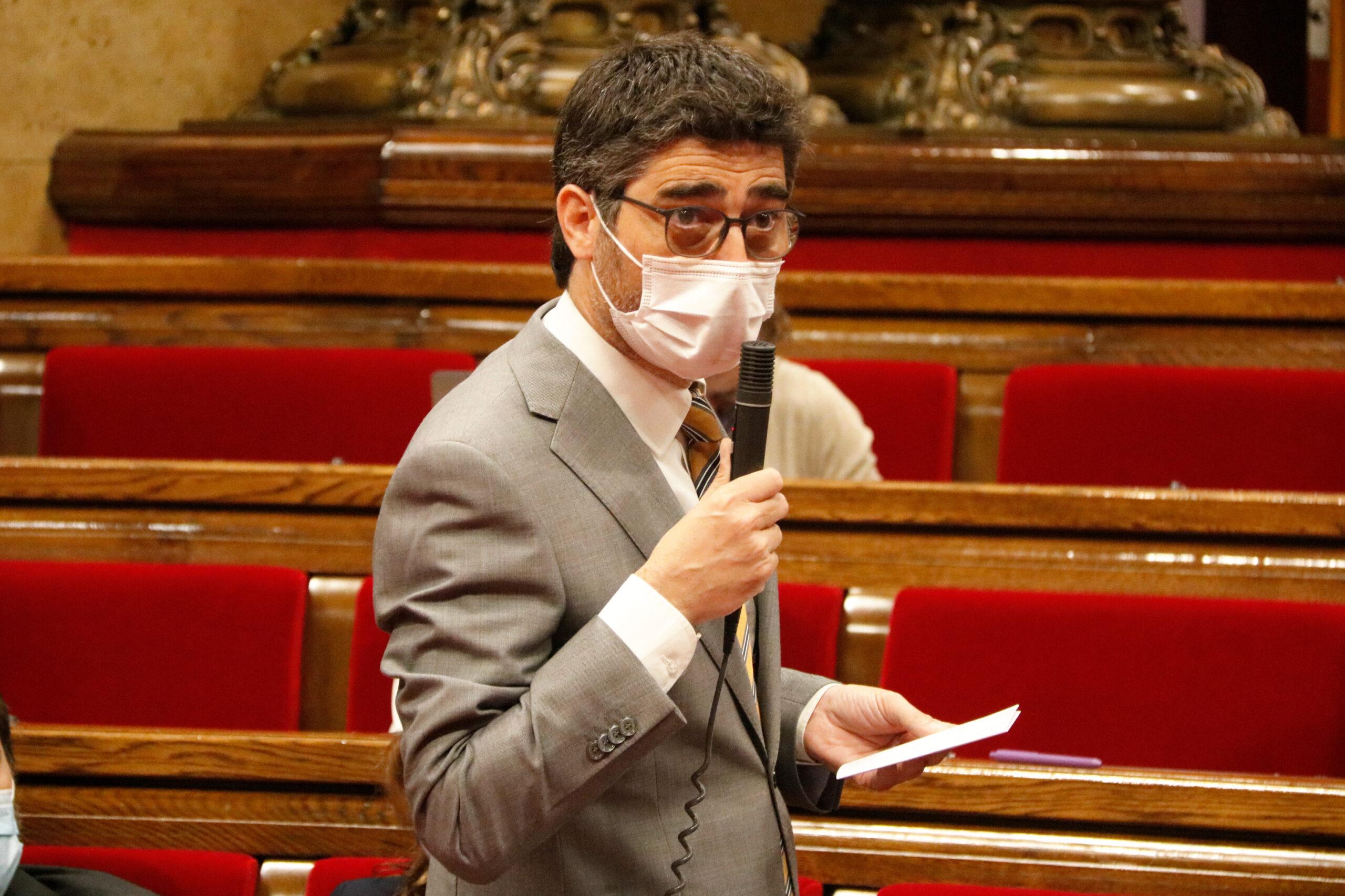 El vicepresident del Govern, Jordi Puigneró, durant un ple del Parlament / ACN