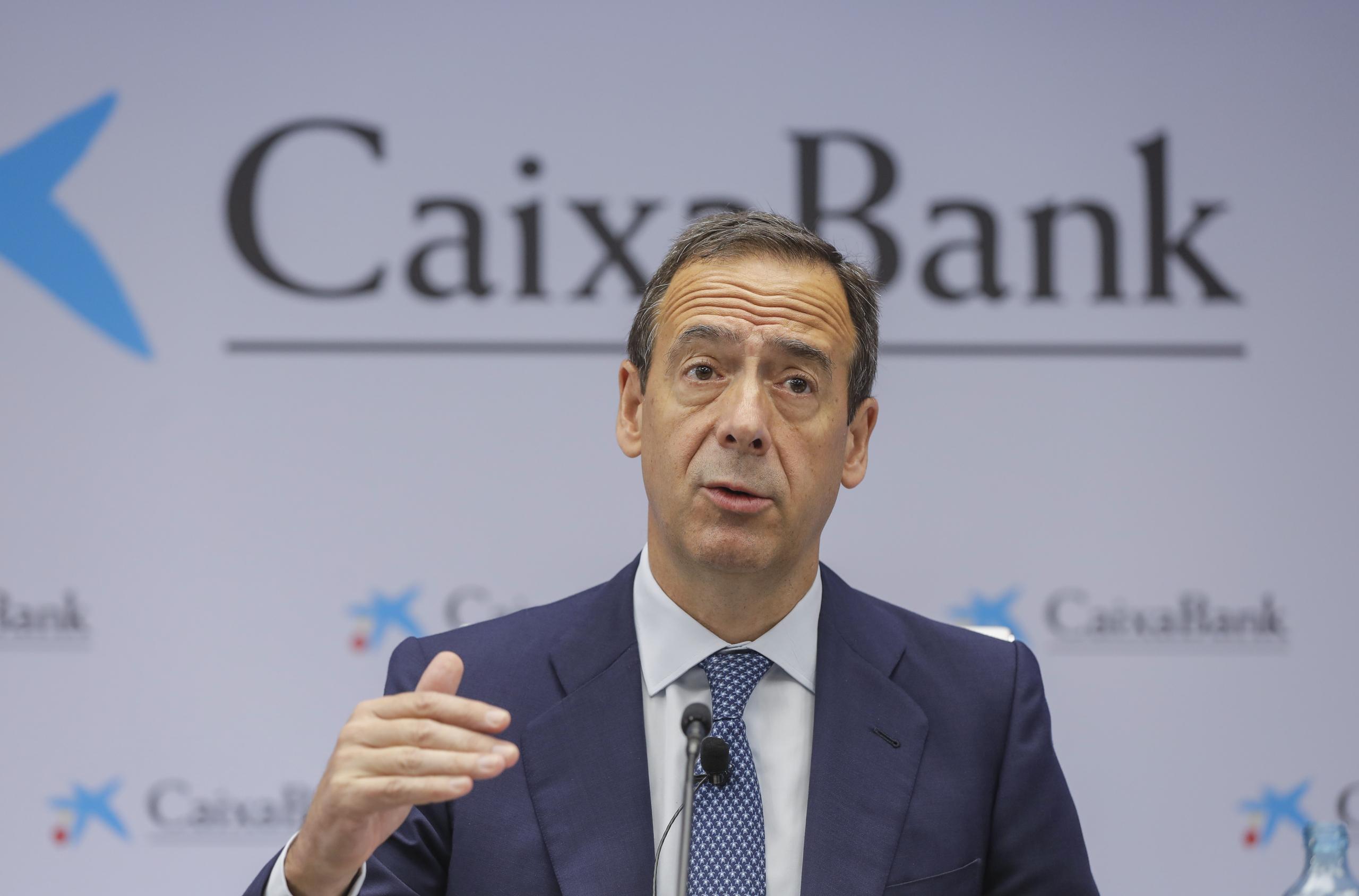 El conseller delegat de CaixaBank, Gonzalo Gortázar, presenta els resultats de l'entitat del primer semestre del 2021 / Rober Solsona / Europa Press