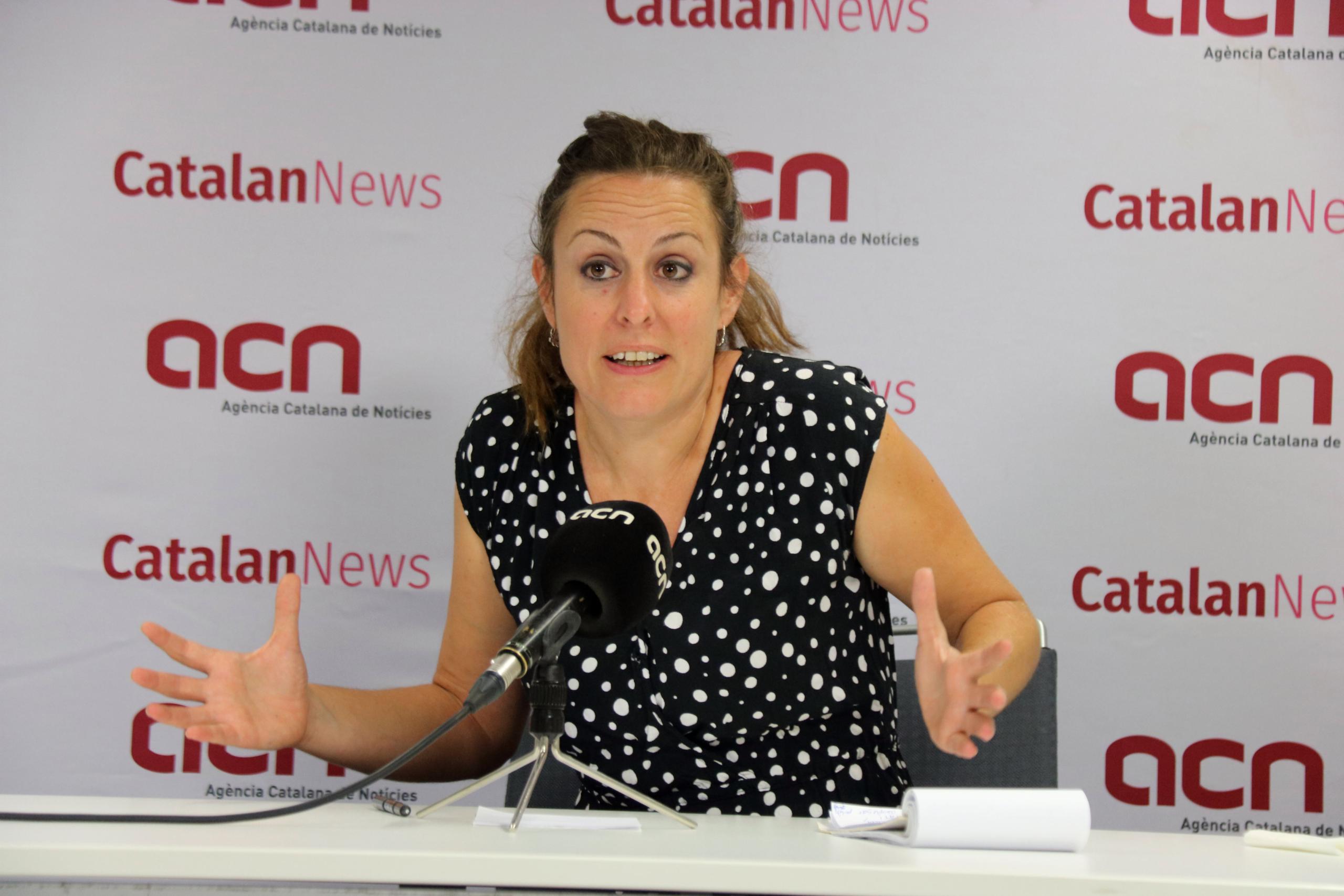 La diputada de la CUP Mireia Vehí en una entrevista a l'ACN   ACN
