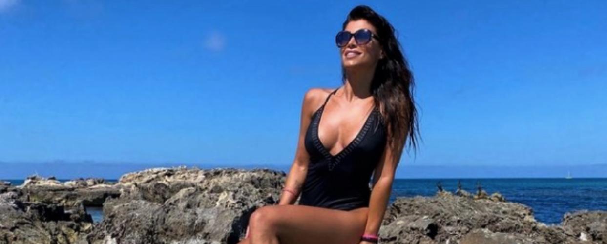 Sonia Ferrer, a la platja - Instagram