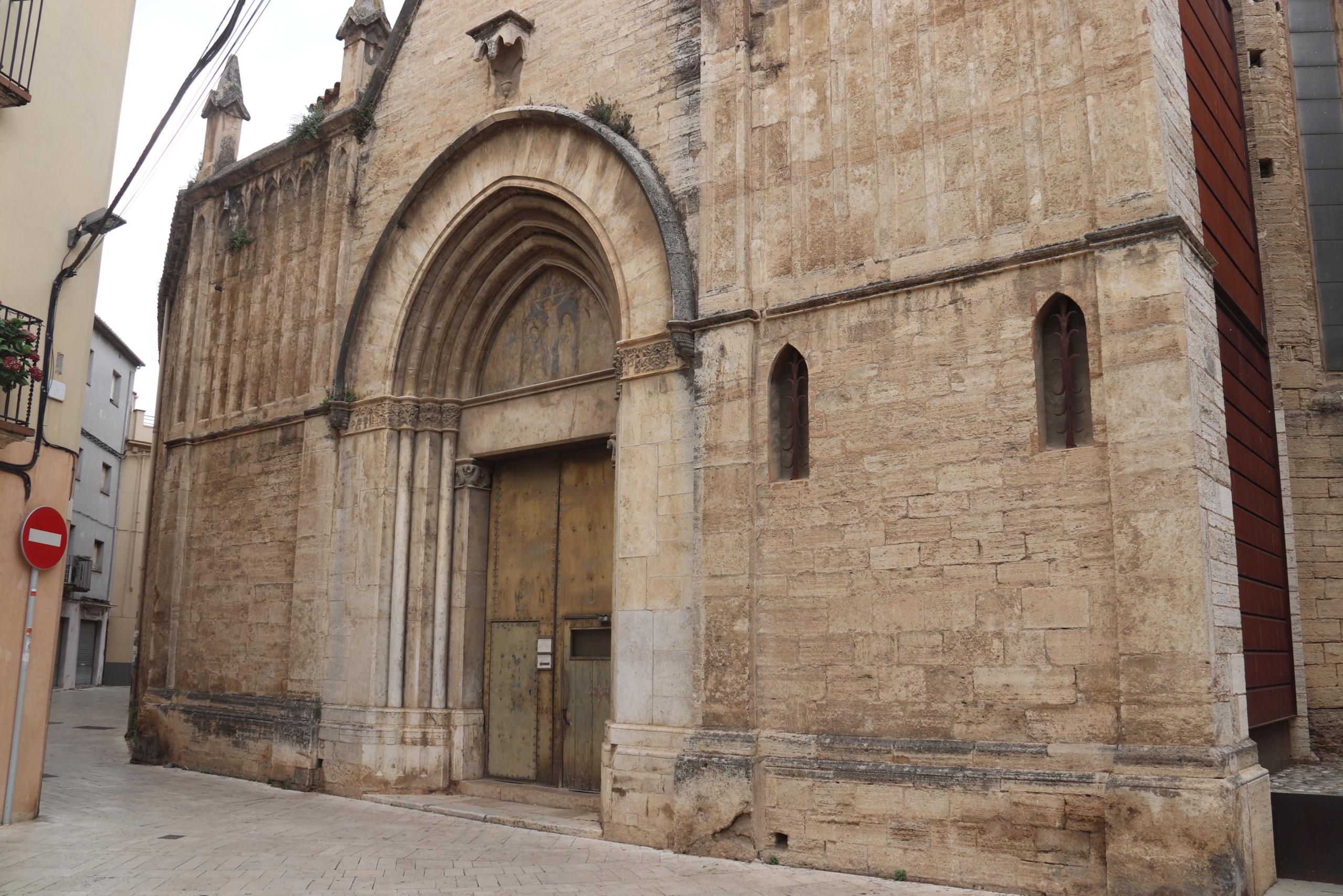 La façana de l'esglèsia de Santa Maria dels Turers de Banyoles | ACN