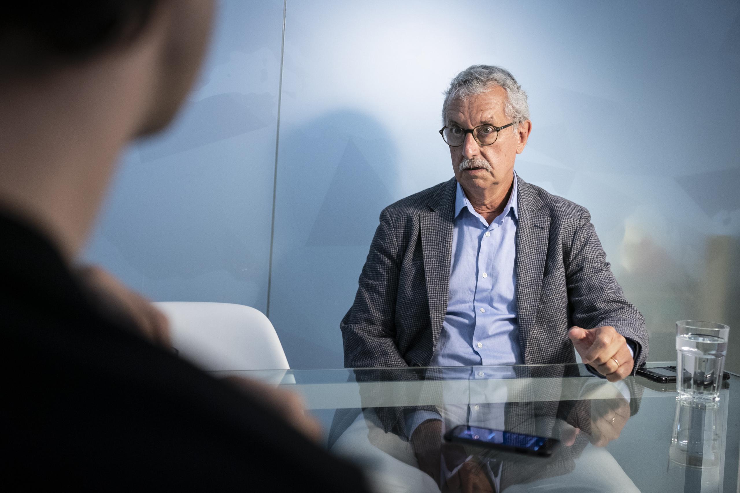 Guillermo Mattioli, en un moment de l'entrevista amb El Món | Mireia Comas