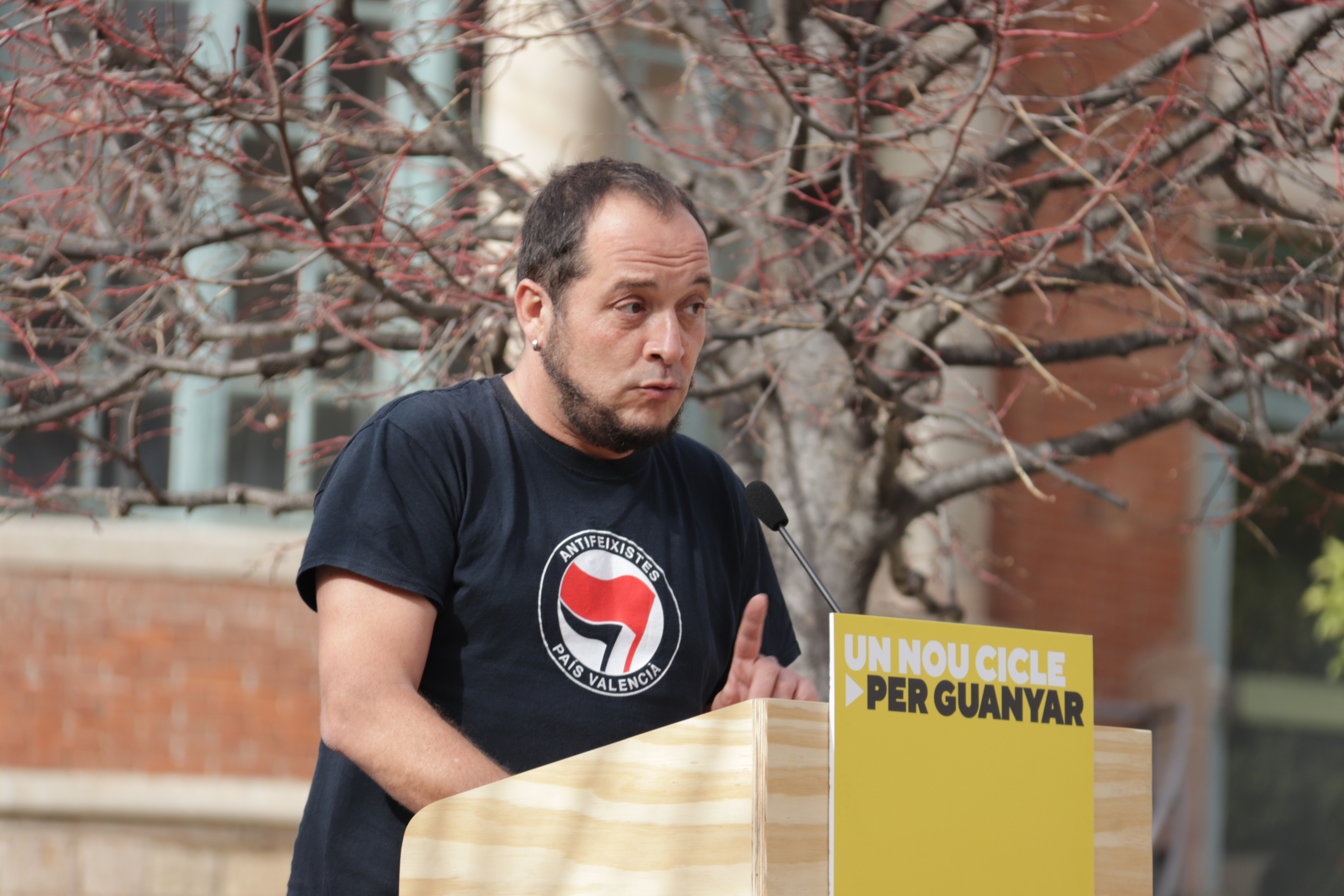 L'exdiputat de la CUP David Fernández a l'acte central de campanya celebrat a l'Hospital Sant Pau / ACN