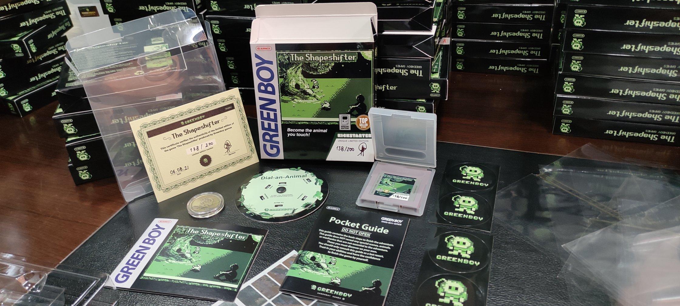 Imatge que Dana Puch va penjar al compte de Twitter de Green Boy Games, amb material d'un dels seus jocs, 'The Shapeshifter'