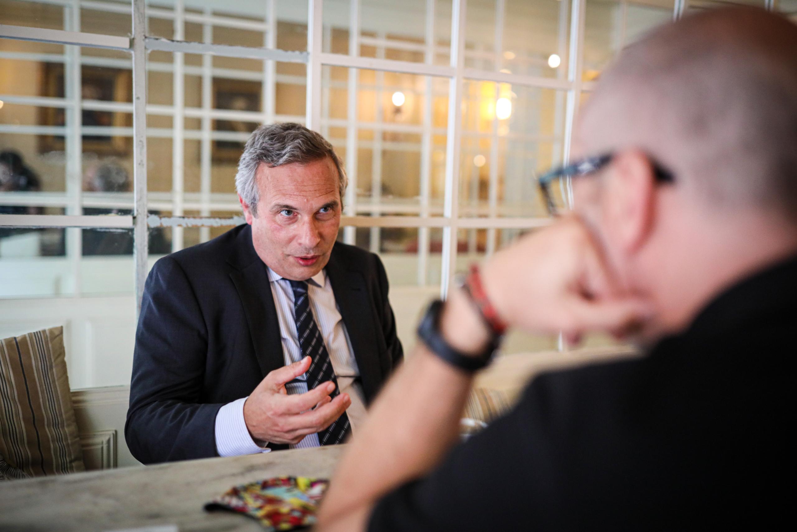 Josep Lluís Alay, cap de l'oficina del president a l'exili, Carles Puigdemont, durant l'entrevista amb El Món / Jordi Borràs