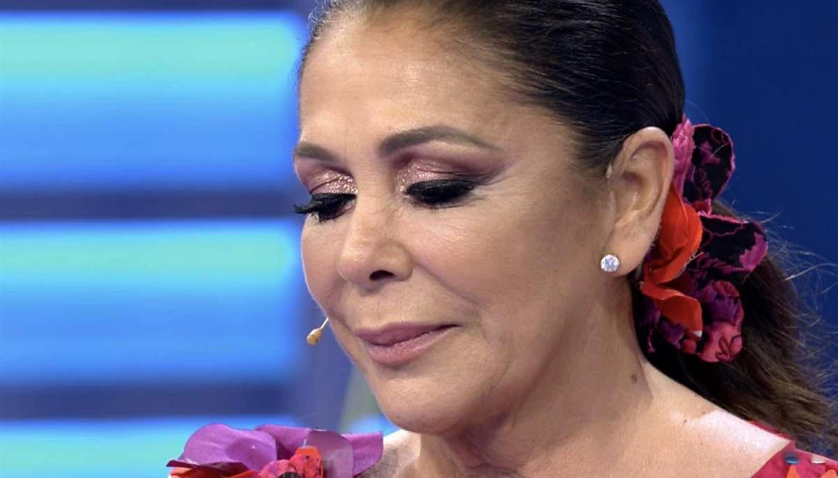 Isabel Pantoja, molt emocionada a Telecinco