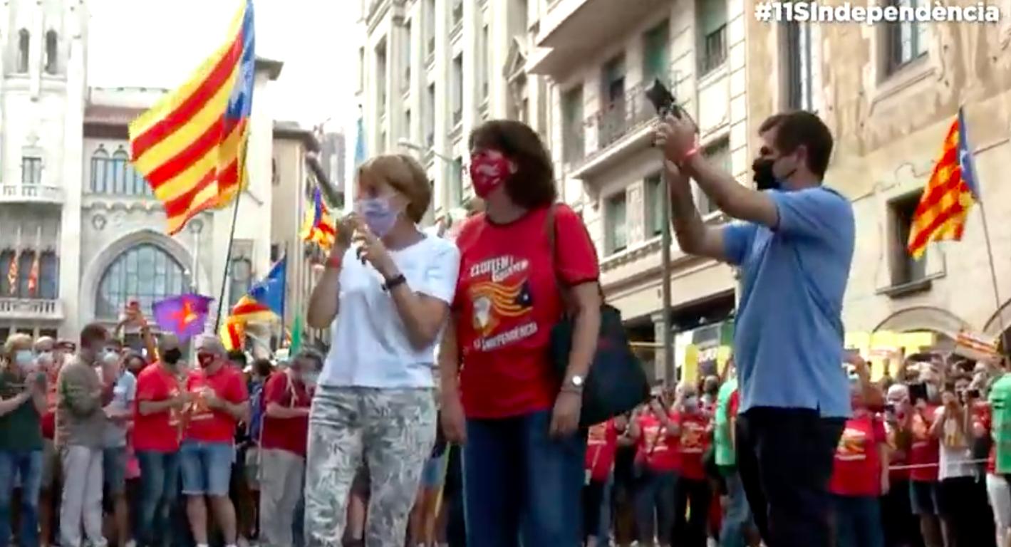 Carme Forcadell, Elisenda Paluzie i Jordi Sànchez en la manifestació de la Diada / Imatge cedida per l'ANC