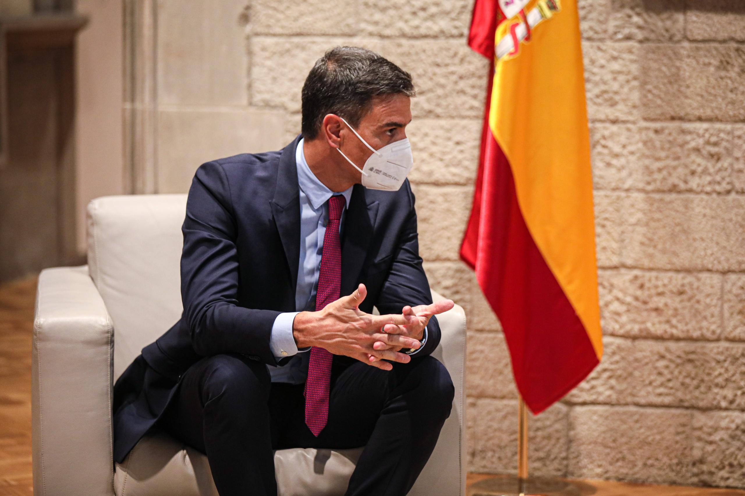 El president del govern espanyol, Pedro Sánchez, durant la trobada amb Aragonès prèvia a la taula de diàleg / Jordi Borràs
