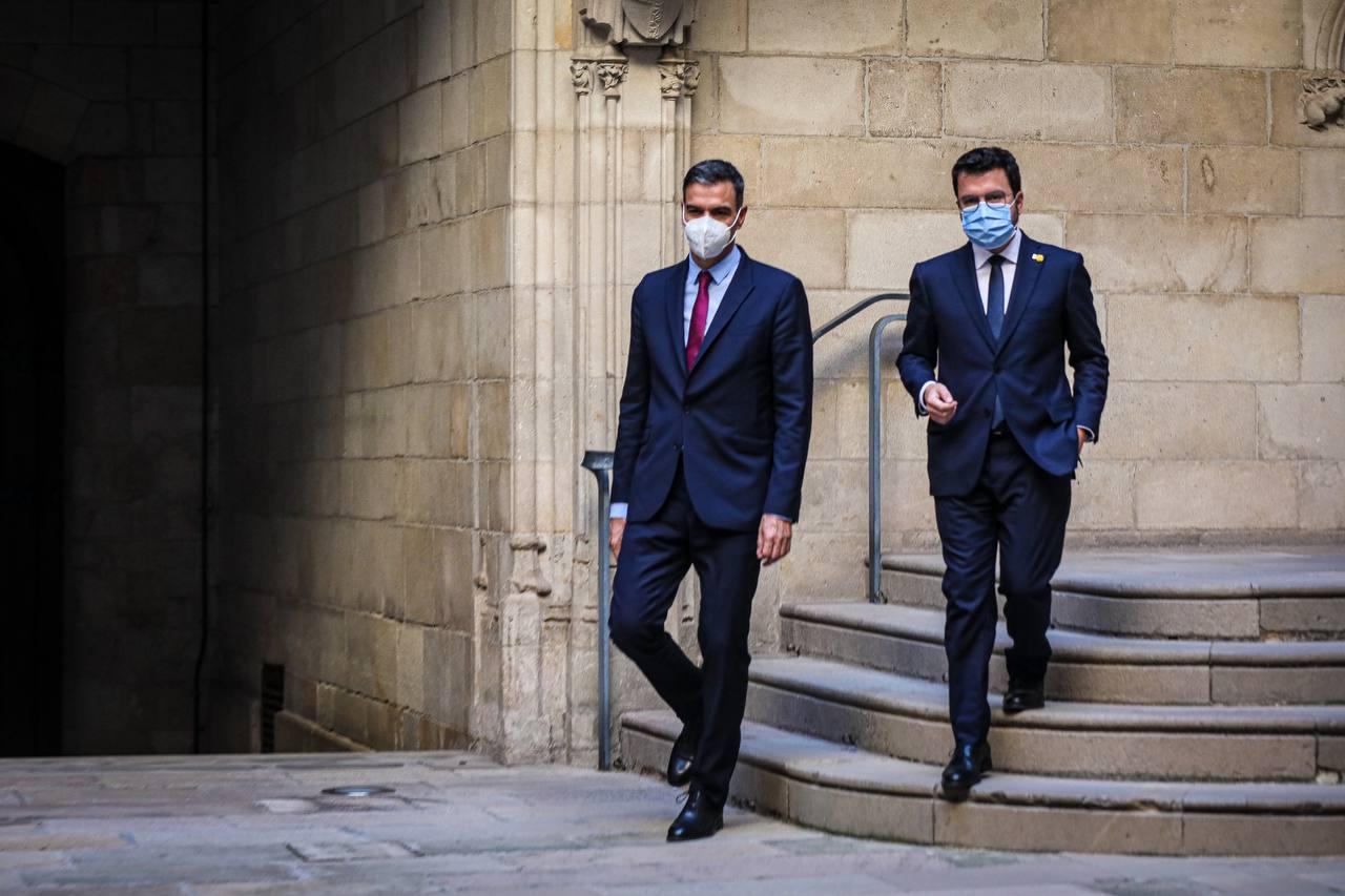 Pedro Sánchez i Pere Aragonès donen el tret de sortida a la taula de diàleg / Jordi Borràs
