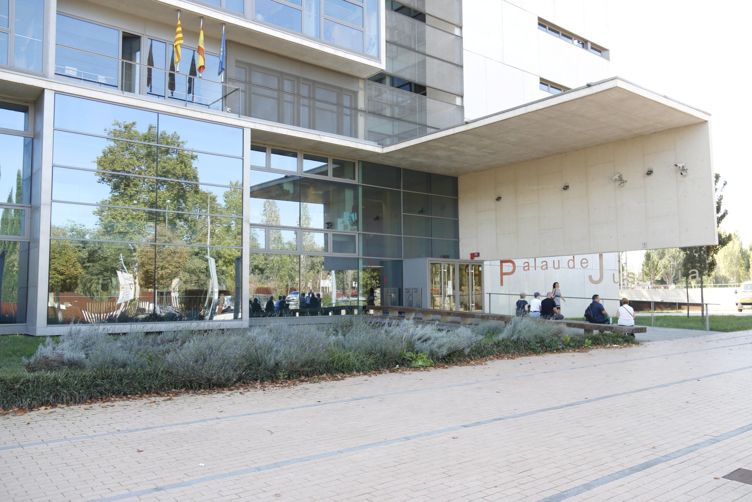 L'edifici del Palau de Justícia de Girona el dia 1 d'octubre de 2019 (ACN)