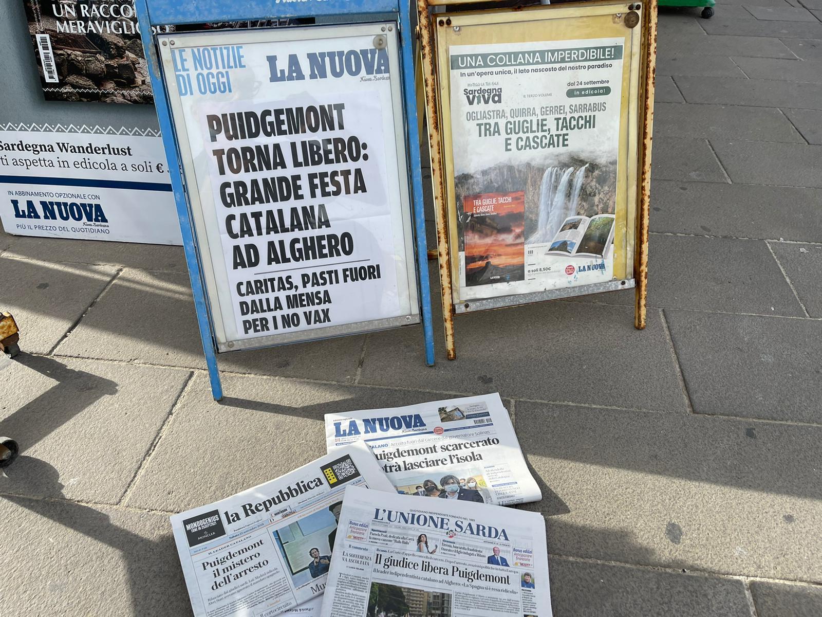 Portades de diaris italians, a l'Alguer | Quico Sallés