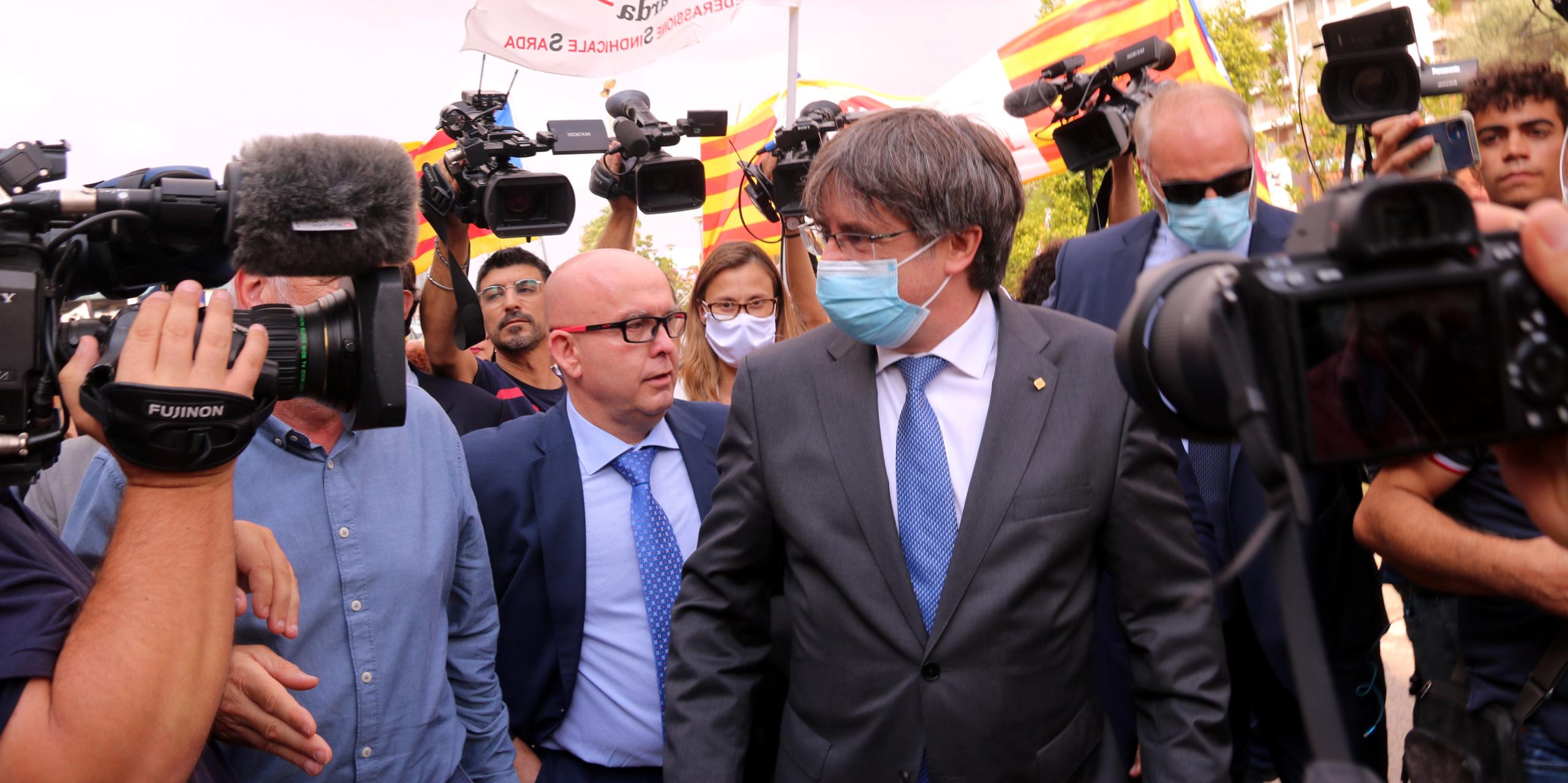 Carles Puigdemont surt del Tribunal de Sàsser | ACN