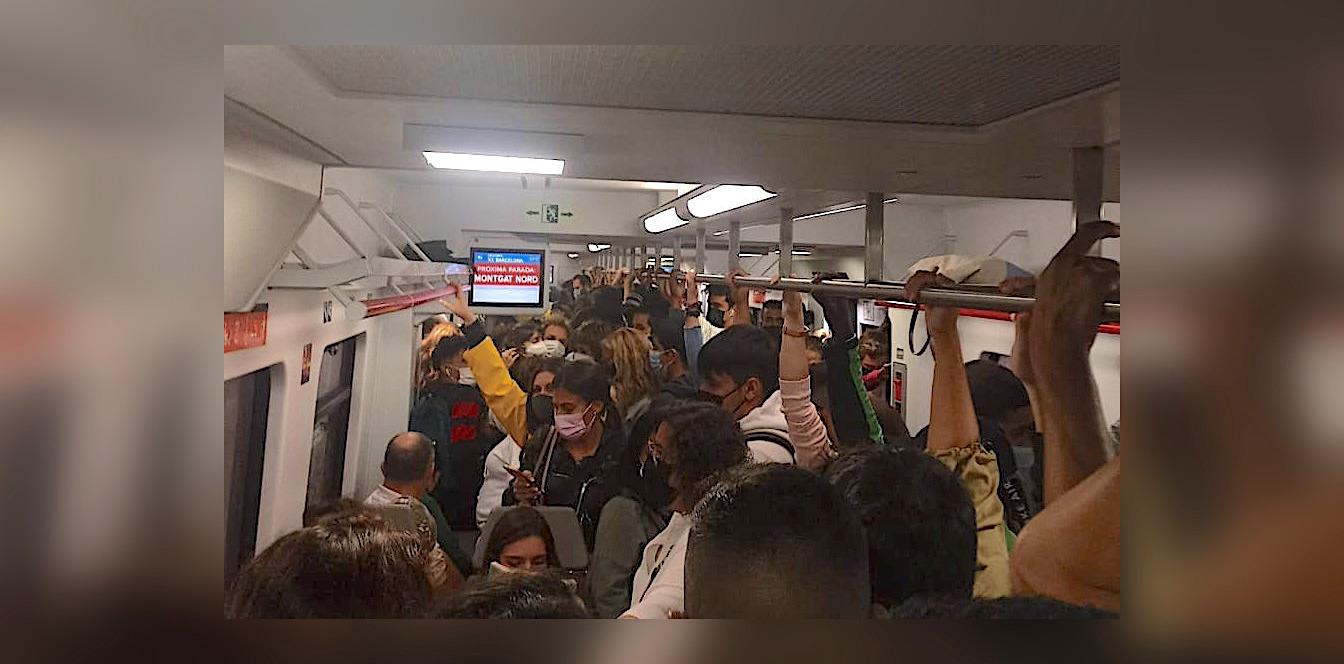 Un tren de la línia del Maresme de Rodalies, el dilluns 4 d'octubre, en plena vaga de maquinistes / Cedida