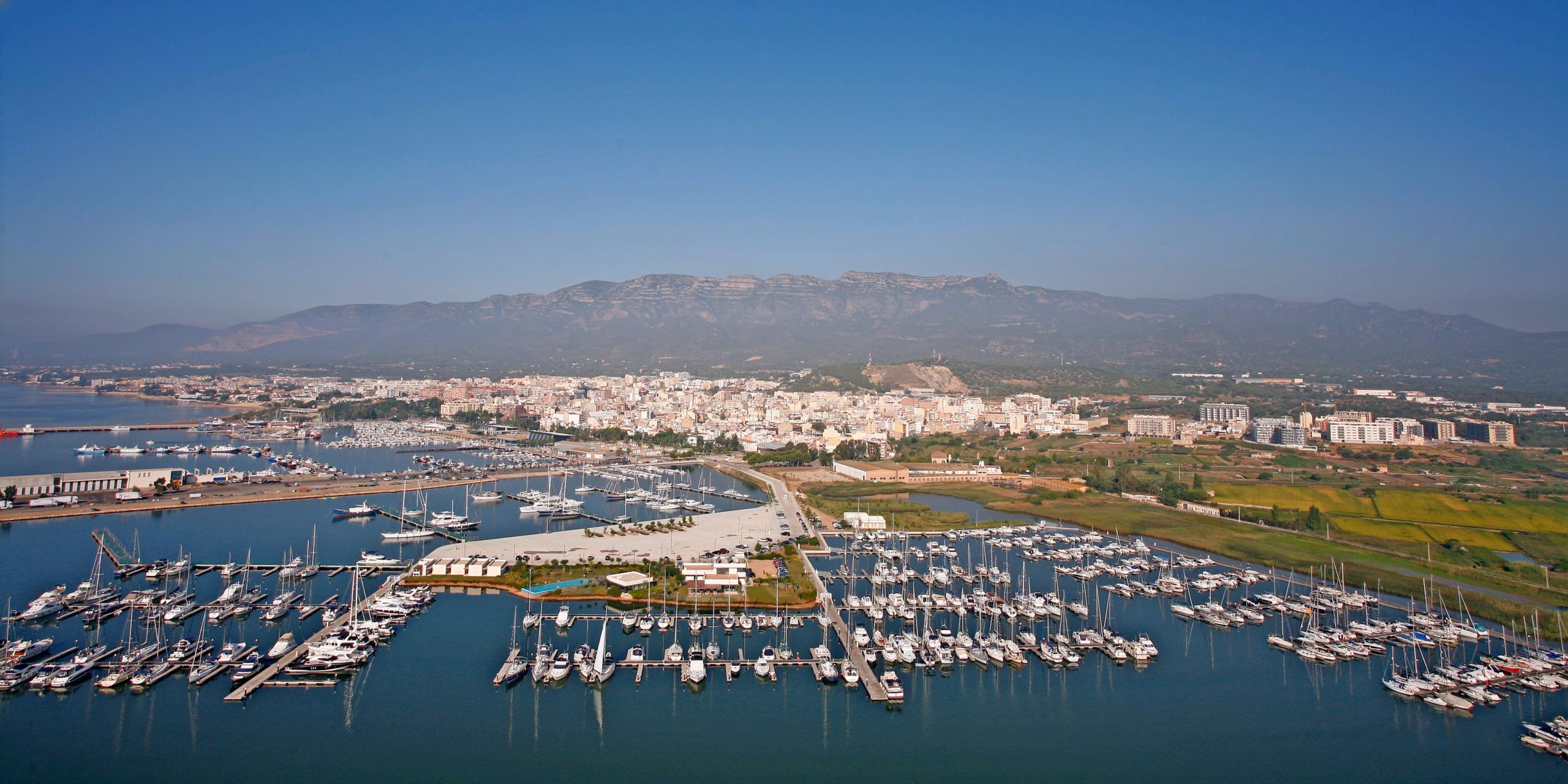 Imatge aèria del port de Sant Carles de la Ràpita