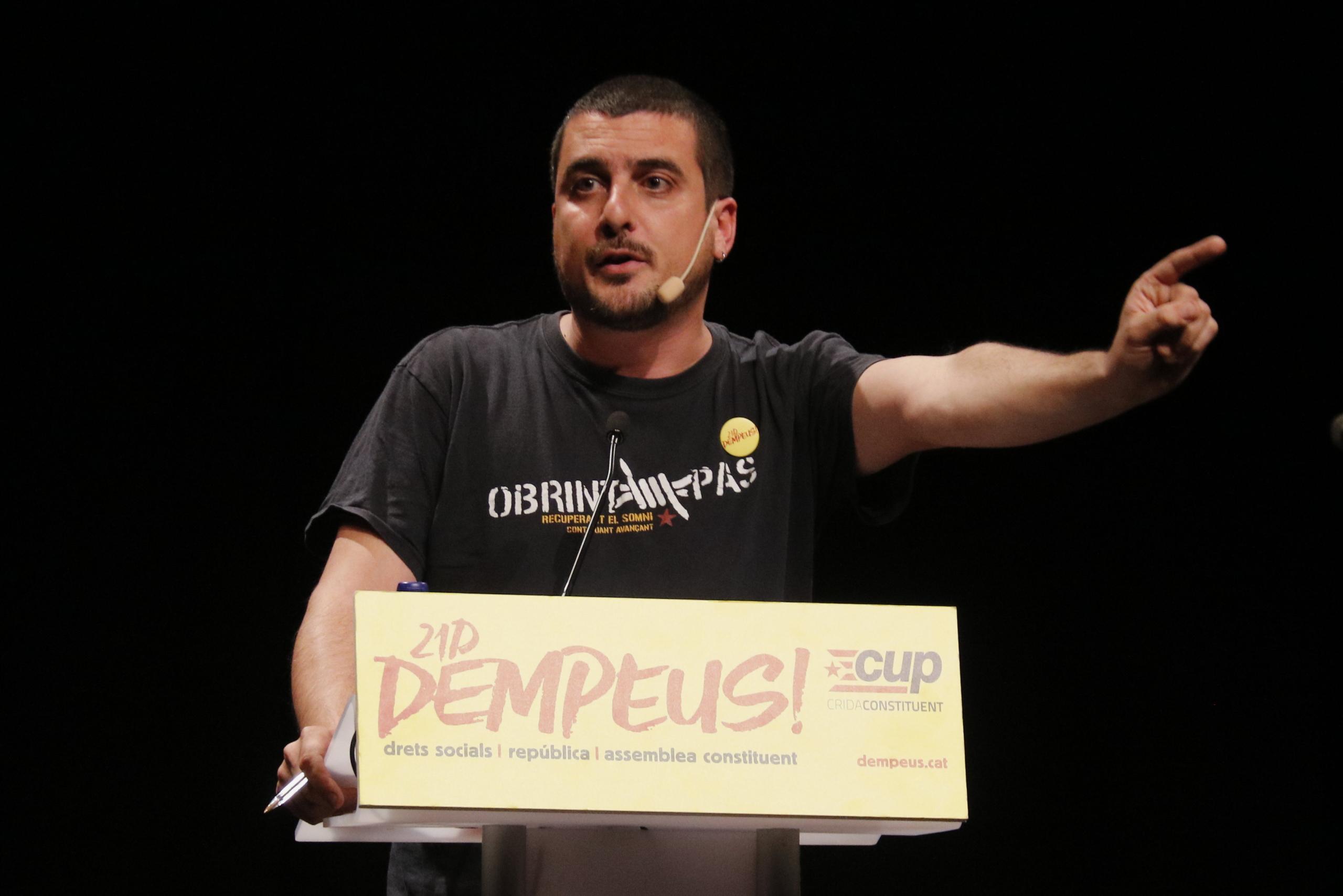 L'exdiputat de la CUP Quim Arrufat, en una imatge d'arxiu, durant el míting dels cupaires a Vilanova i la Geltrú, el 13 de desembre de 2017 / ACN