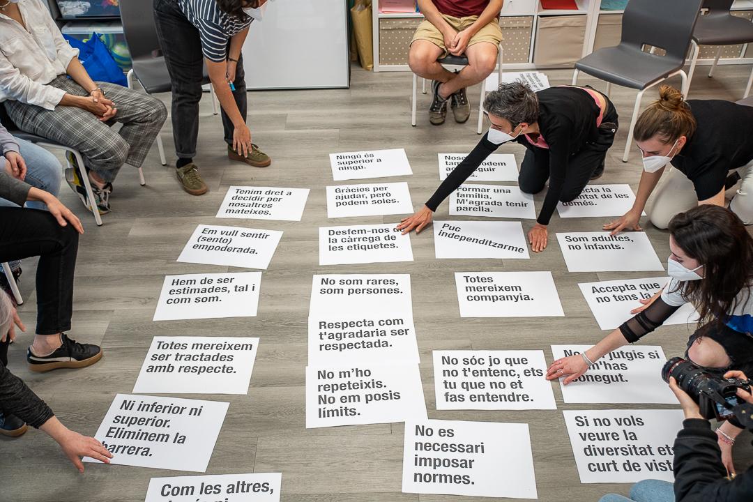 Un dels tallers de Disseny per a la inclusió amb TEB Sant Andreu. Foto: Marc Asensio