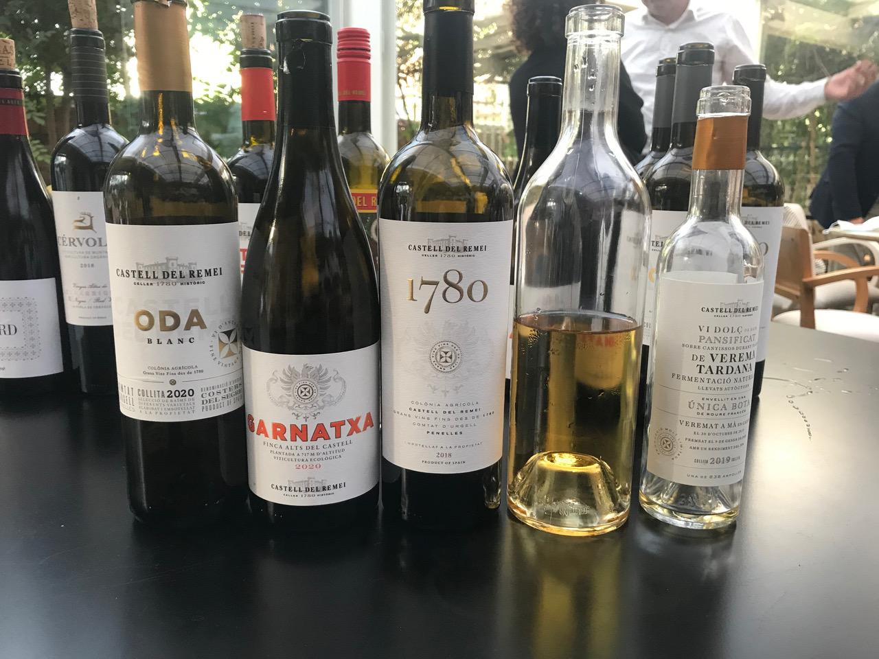 Diverses referències de vins de Castell del Remei   R.R.