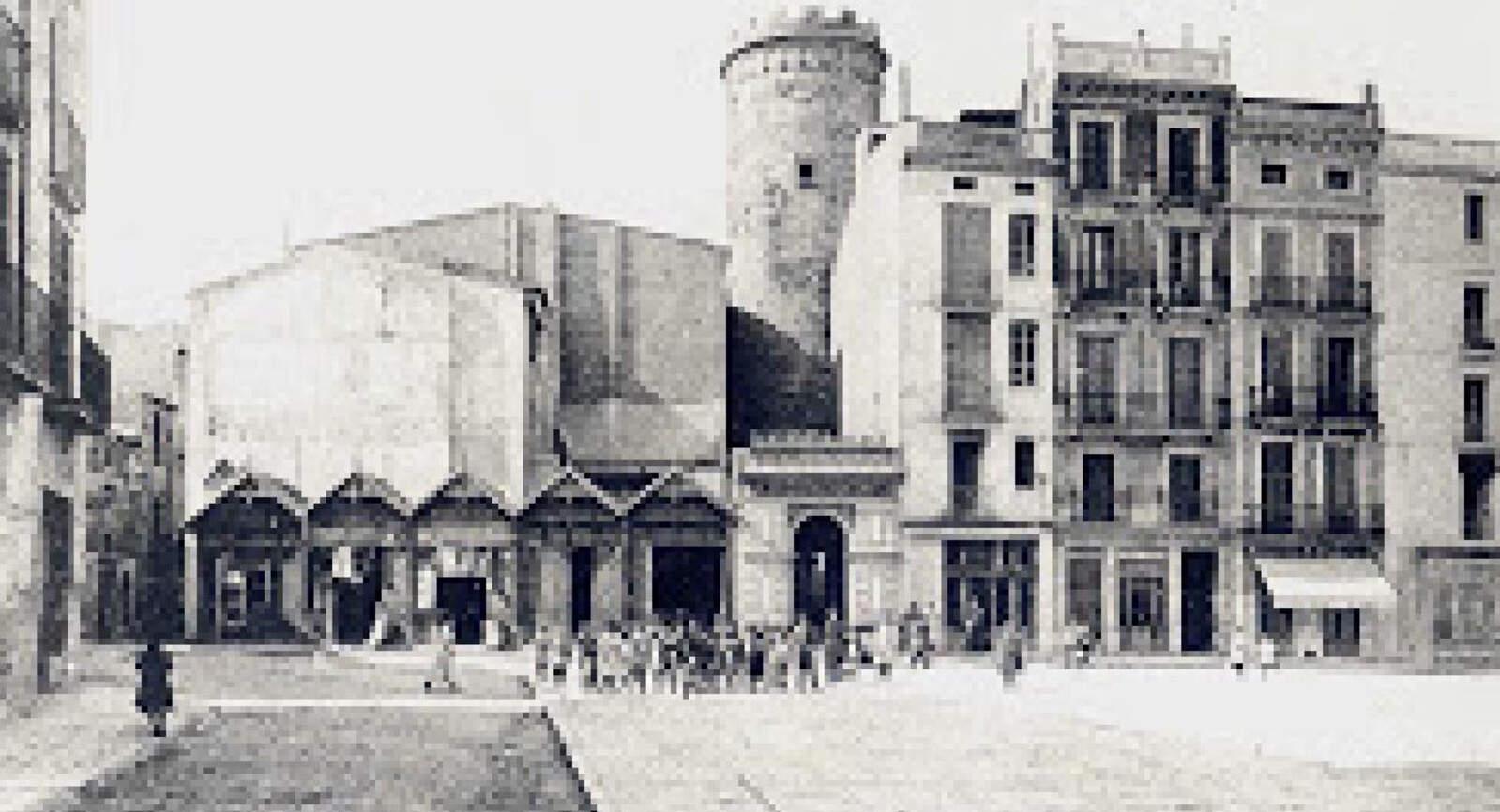 Espai on hi havia les cases del castell