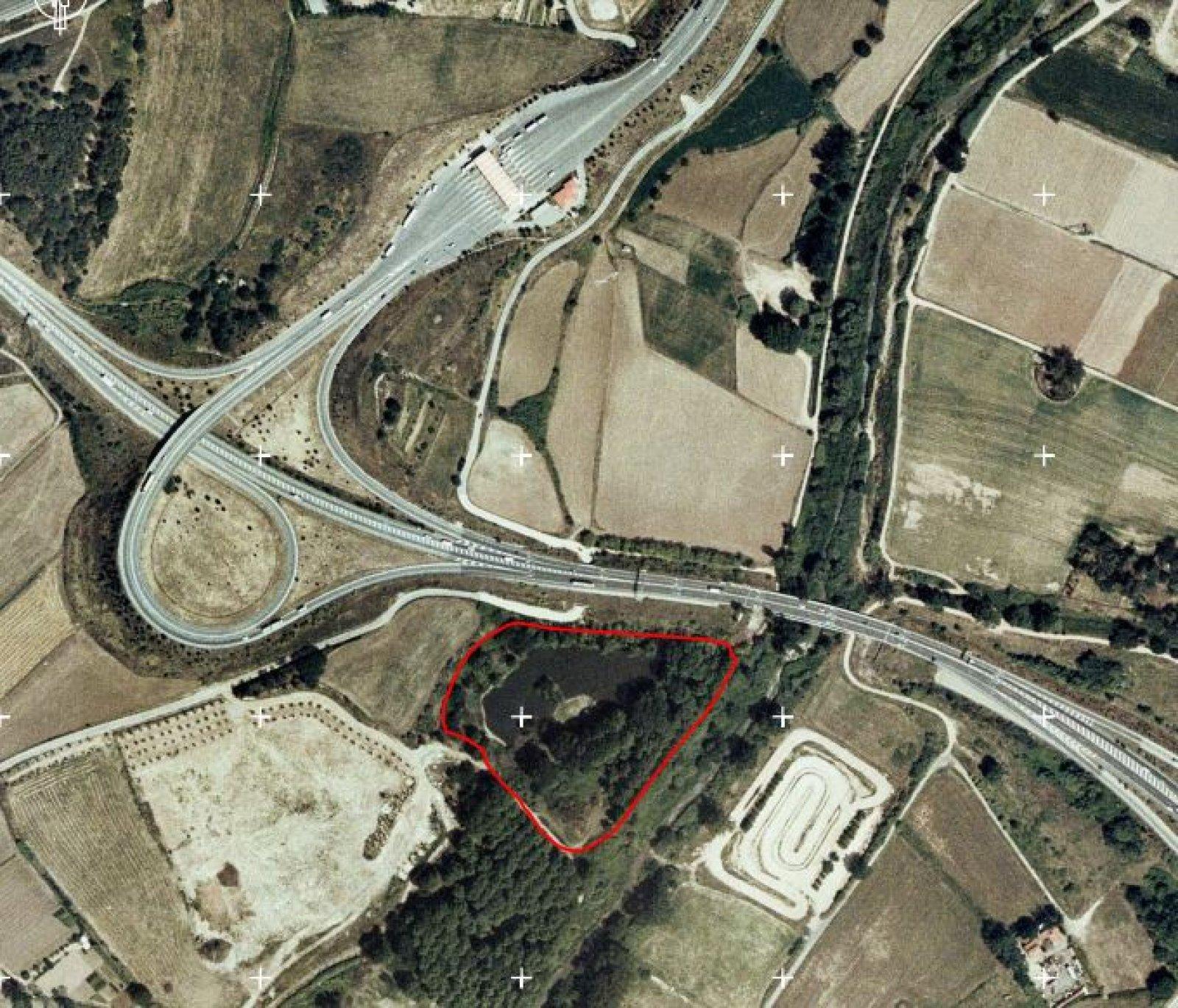 La Gravera d'en Segur, a La Roca del Vallès, reconstruïda artificialment després que l'original fos assecada en les obres del Quart Cinturó